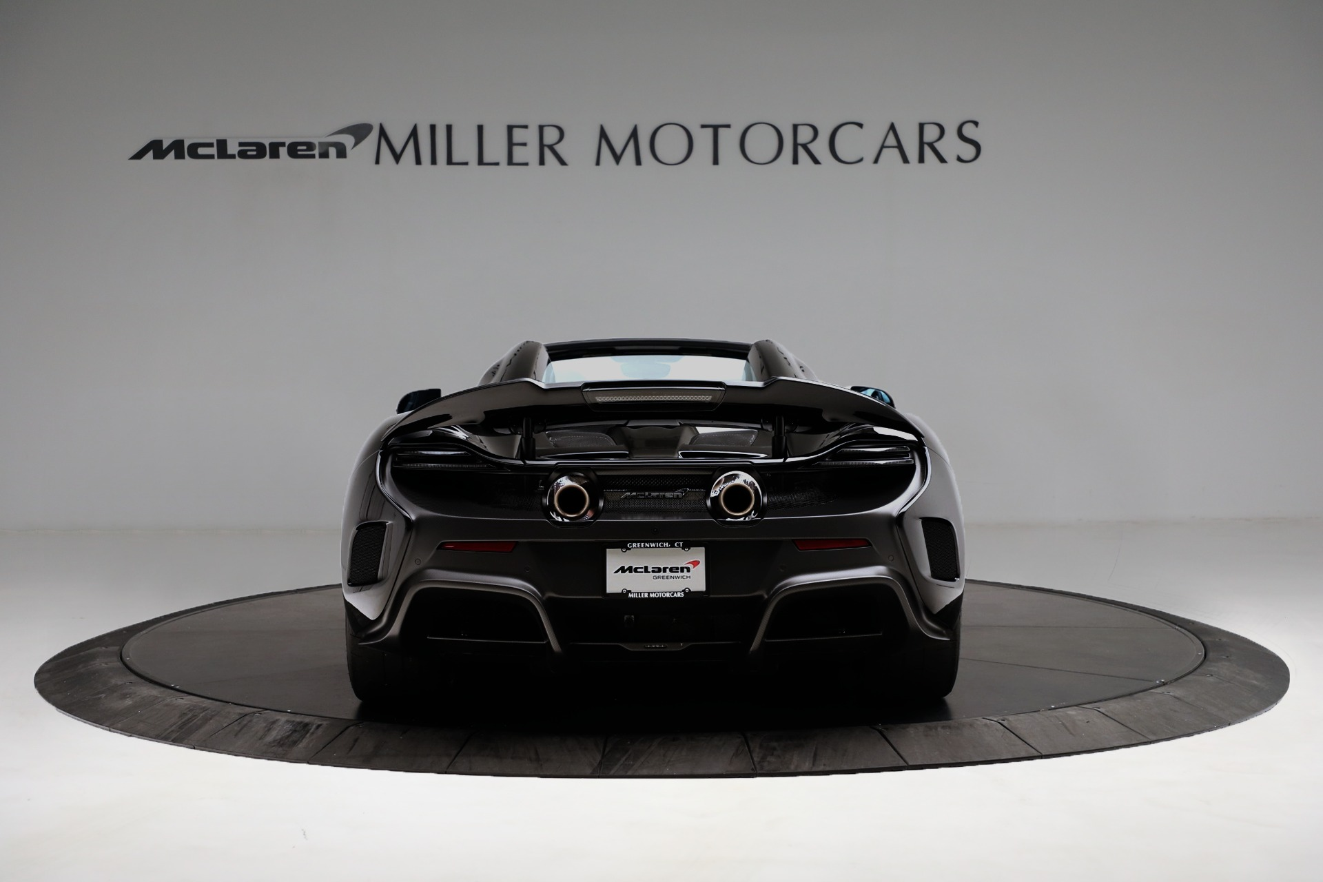 Used 2016 McLaren 675LT Spider For Sale In Westport, CT 3455_p6