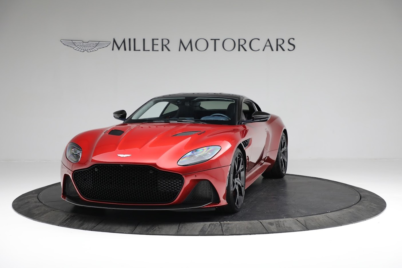 Used 2019 Aston Martin DBS Superleggera For Sale In Westport, CT 3471_p12