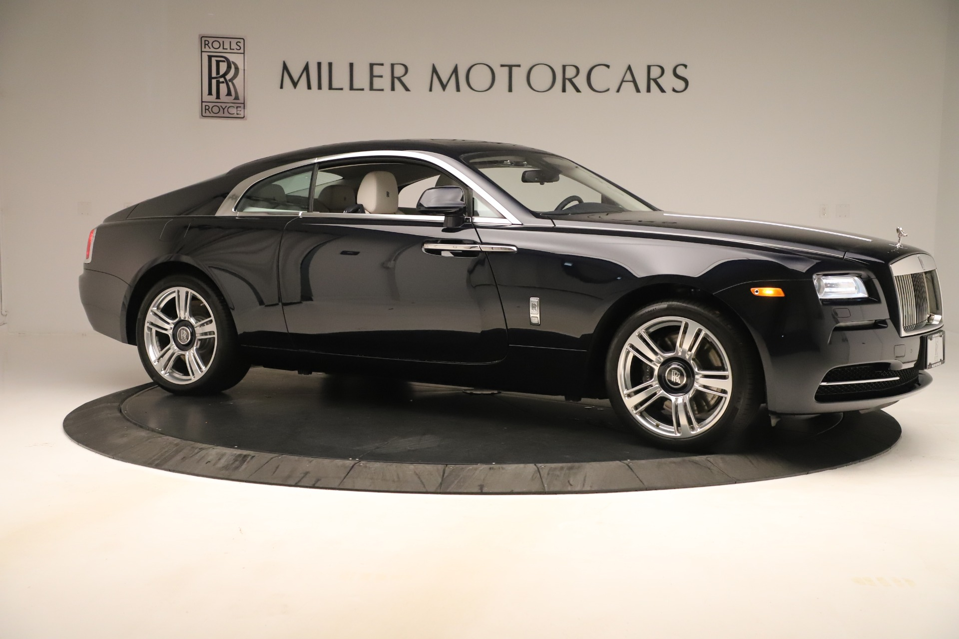 Used 2015 Rolls-Royce Wraith  For Sale In Westport, CT 3473_p11