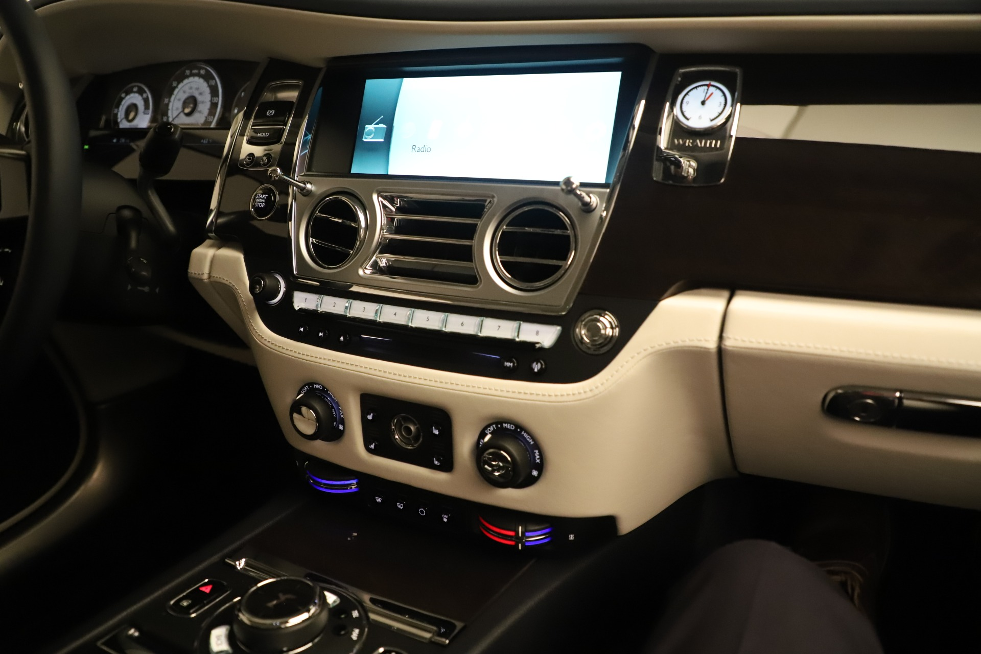 Used 2015 Rolls-Royce Wraith  For Sale In Westport, CT 3473_p24