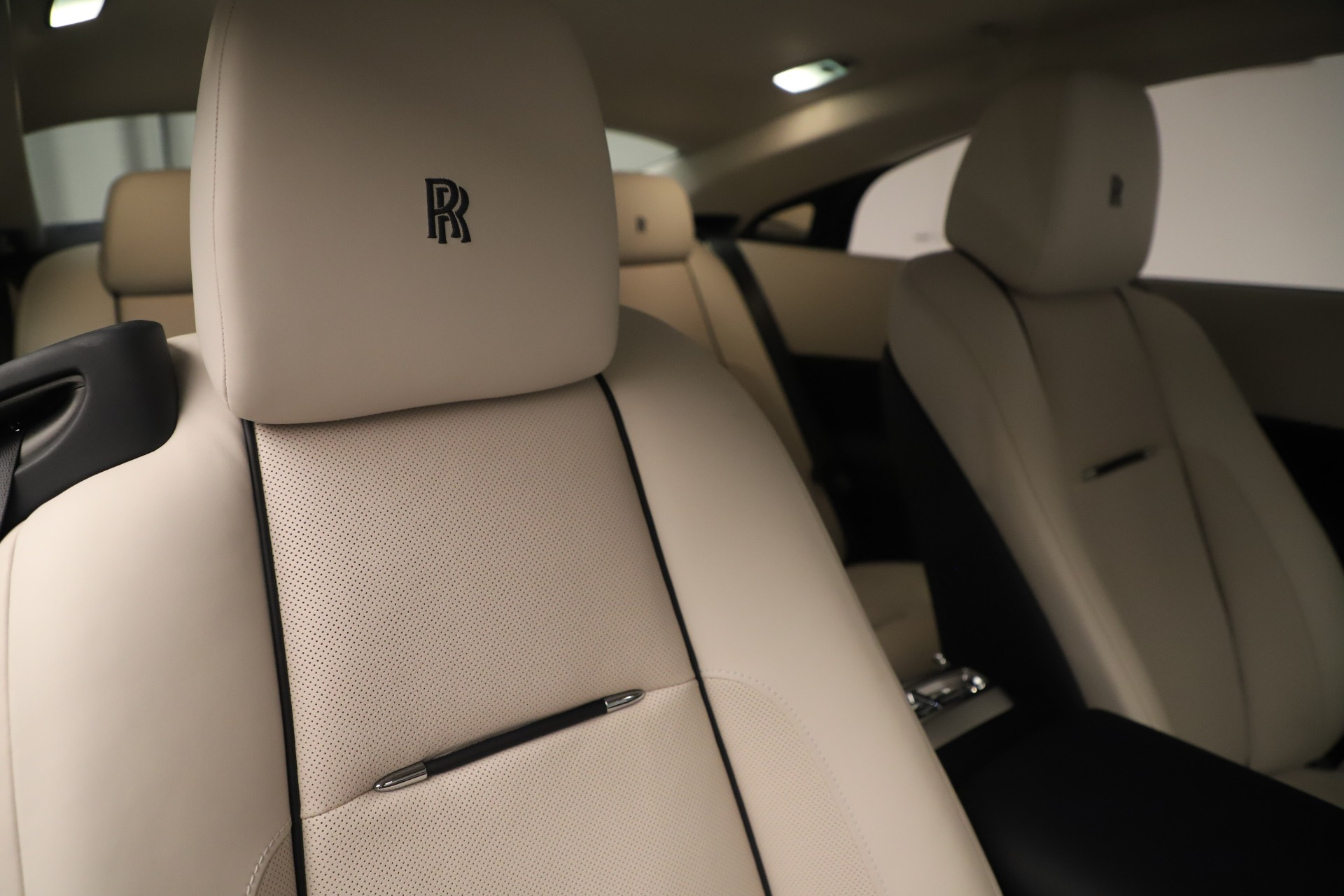 Used 2015 Rolls-Royce Wraith  For Sale In Westport, CT 3473_p29