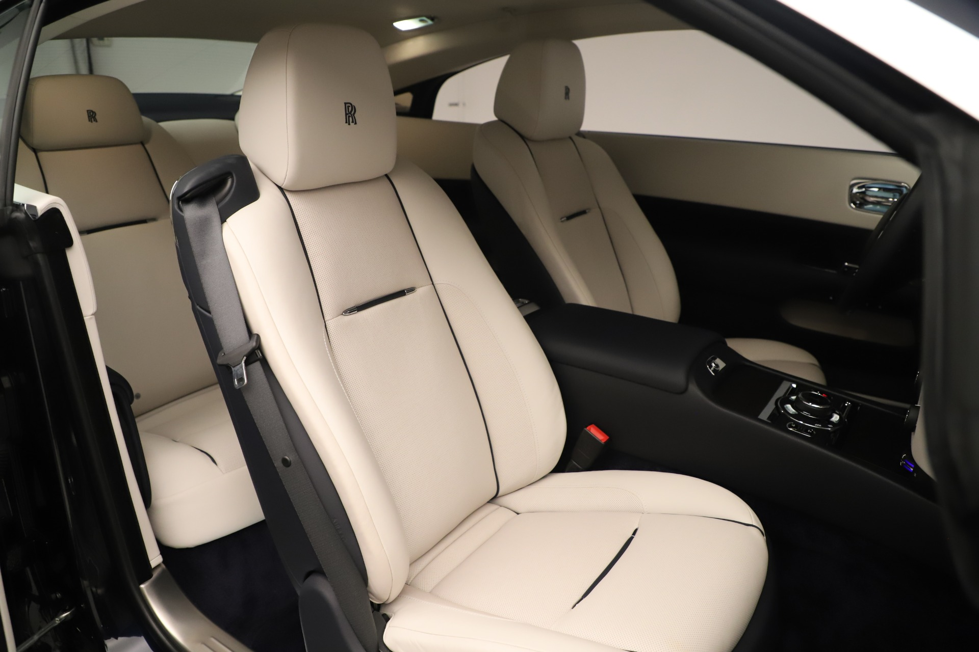 Used 2015 Rolls-Royce Wraith  For Sale In Westport, CT 3473_p30