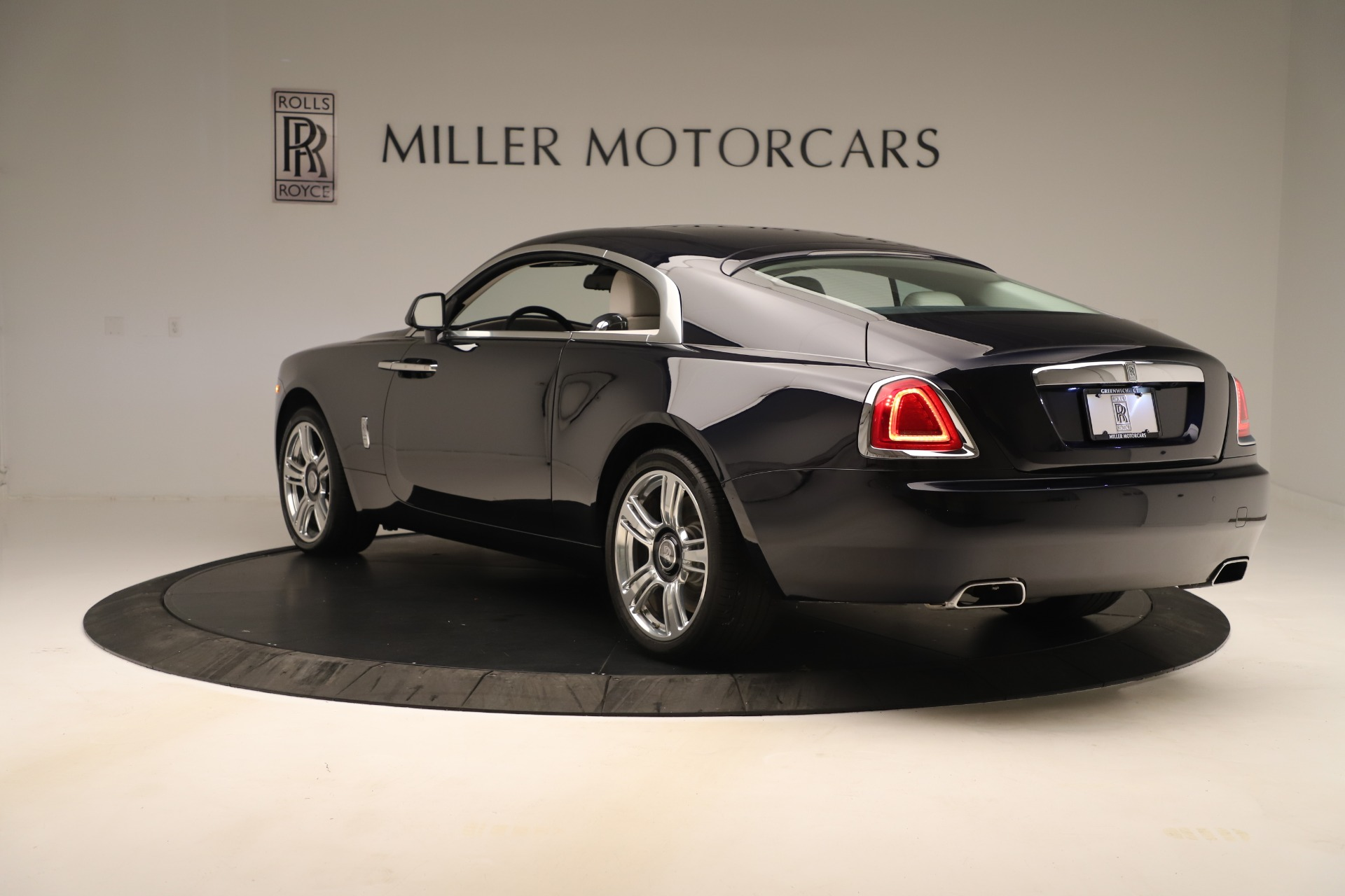 Used 2015 Rolls-Royce Wraith  For Sale In Westport, CT 3473_p6