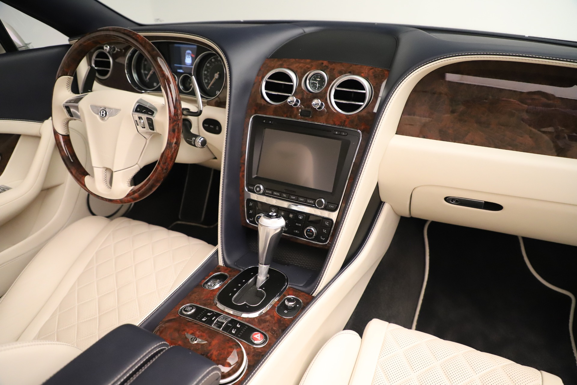 Used 2016 Bentley Continental GT W12 For Sale In Westport, CT 3475_p33