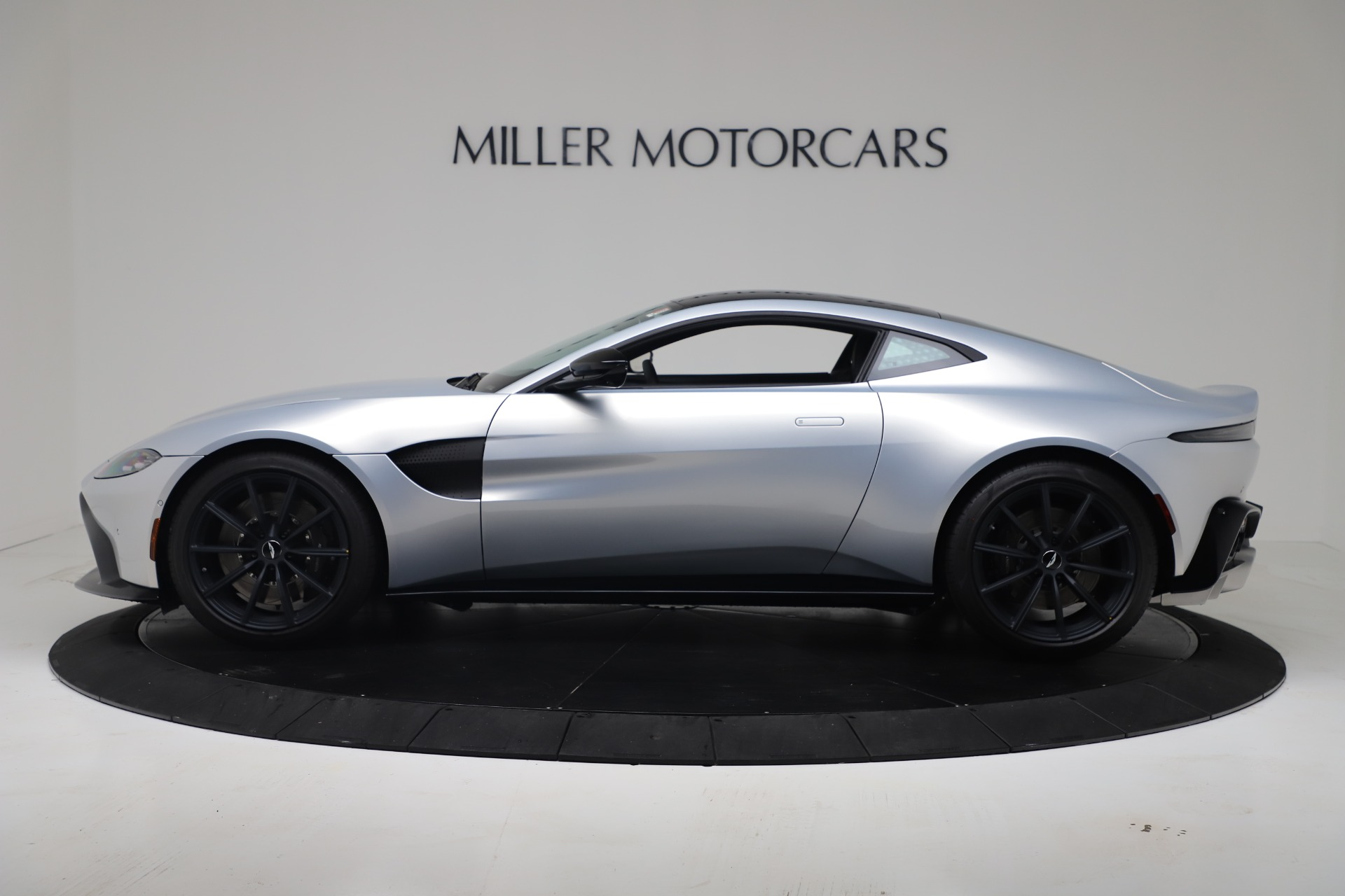 New 2020 Aston Martin Vantage V8 For Sale In Westport, CT 3481_p23