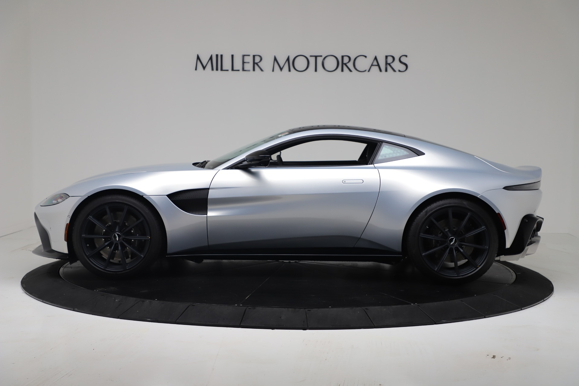 New 2020 Aston Martin Vantage V8 For Sale In Westport, CT 3481_p24