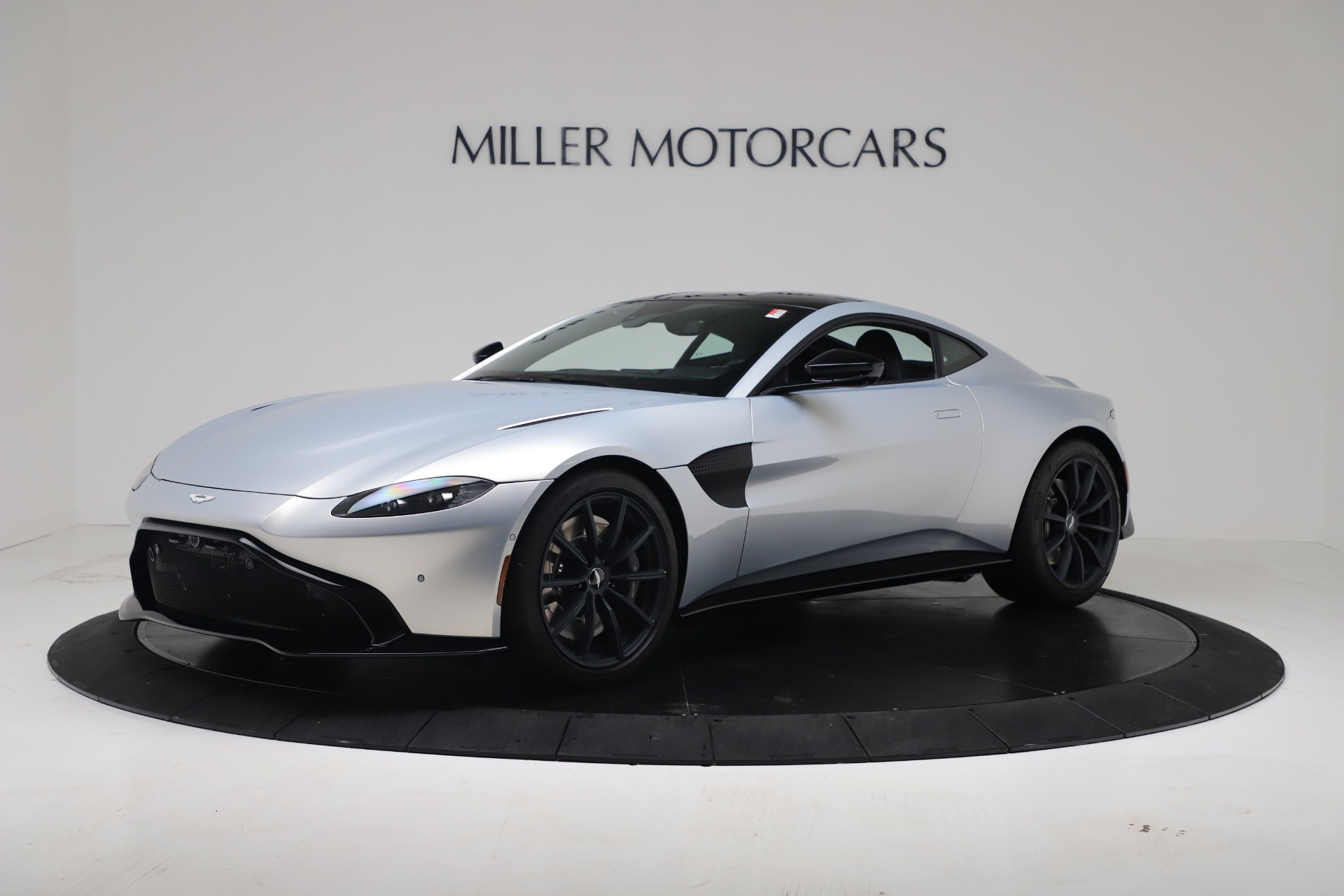 New 2020 Aston Martin Vantage V8 For Sale In Westport, CT 3481_p2