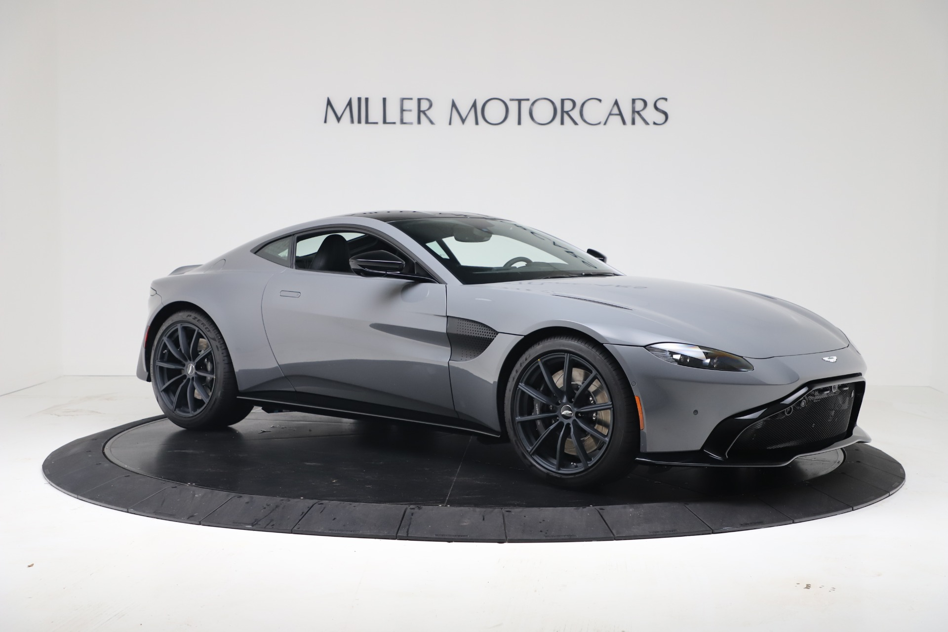 New 2020 Aston Martin Vantage V8 For Sale In Westport, CT 3482_p10