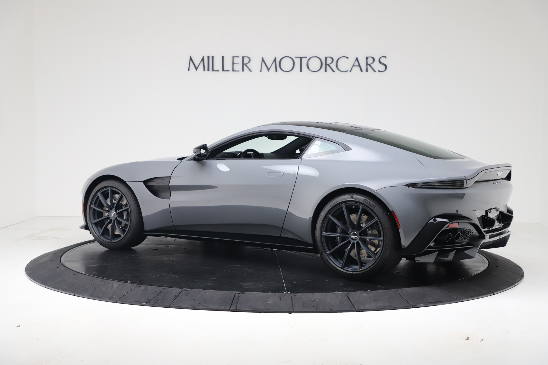New 2020 Aston Martin Vantage V8 For Sale In Westport, CT 3482_p21