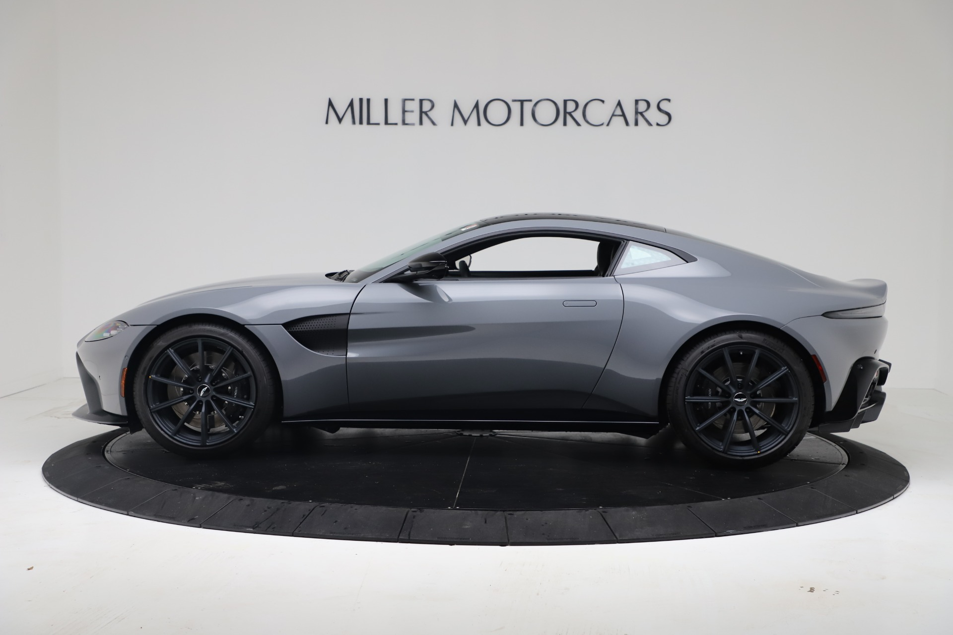 New 2020 Aston Martin Vantage V8 For Sale In Westport, CT 3482_p24