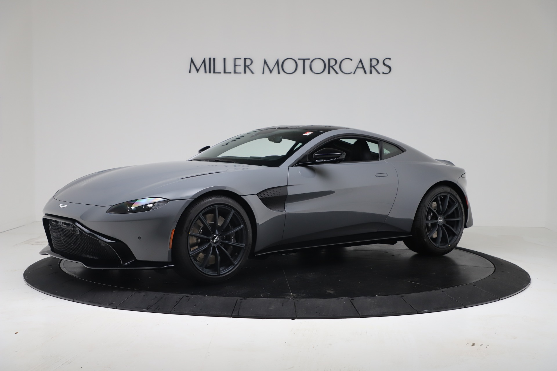 New 2020 Aston Martin Vantage V8 For Sale In Westport, CT 3482_p2
