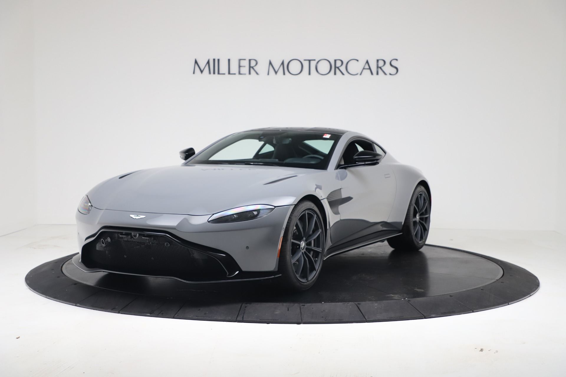 New 2020 Aston Martin Vantage V8 For Sale In Westport, CT 3482_p4