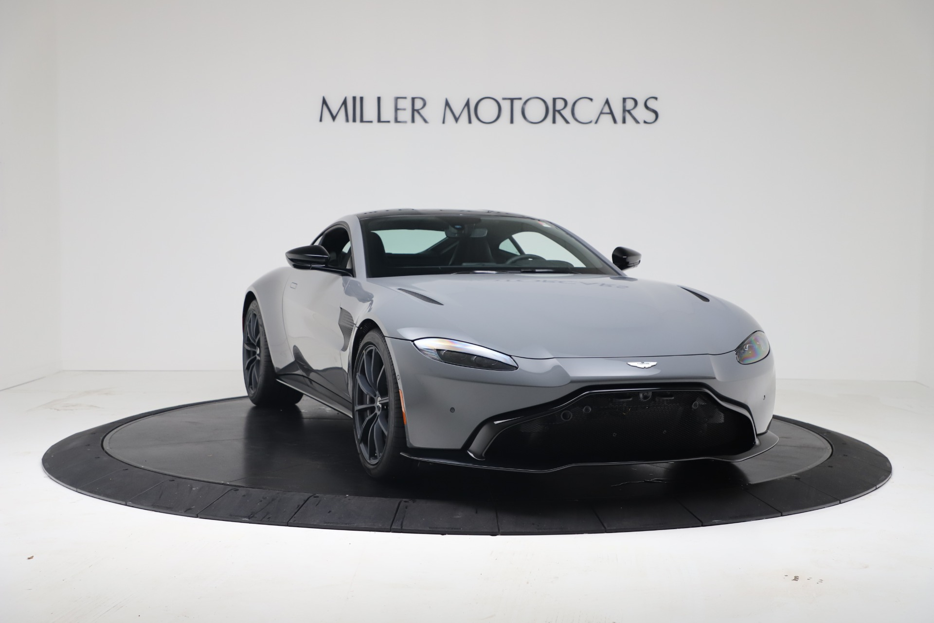New 2020 Aston Martin Vantage V8 For Sale In Westport, CT 3482_p7