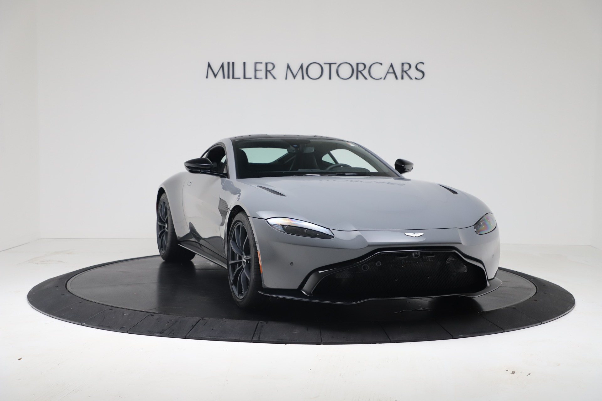 New 2020 Aston Martin Vantage V8 For Sale In Westport, CT 3482_p8