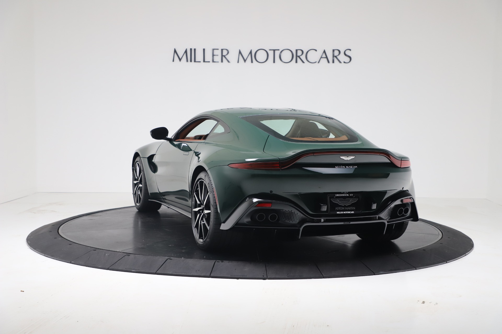 New 2020 Aston Martin Vantage V8 For Sale In Westport, CT 3483_p10