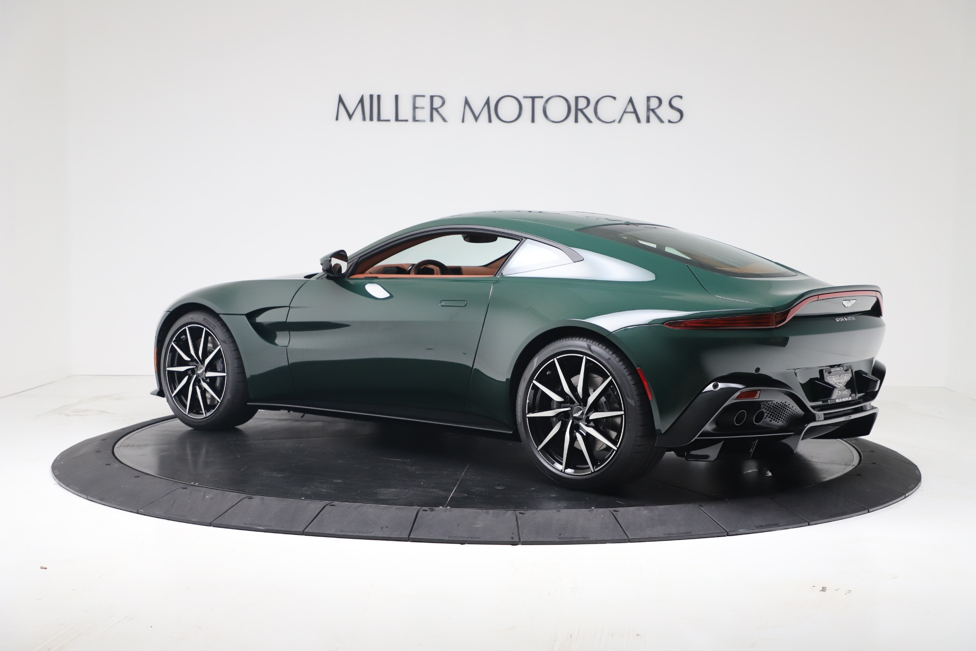 New 2020 Aston Martin Vantage V8 For Sale In Westport, CT 3483_p11