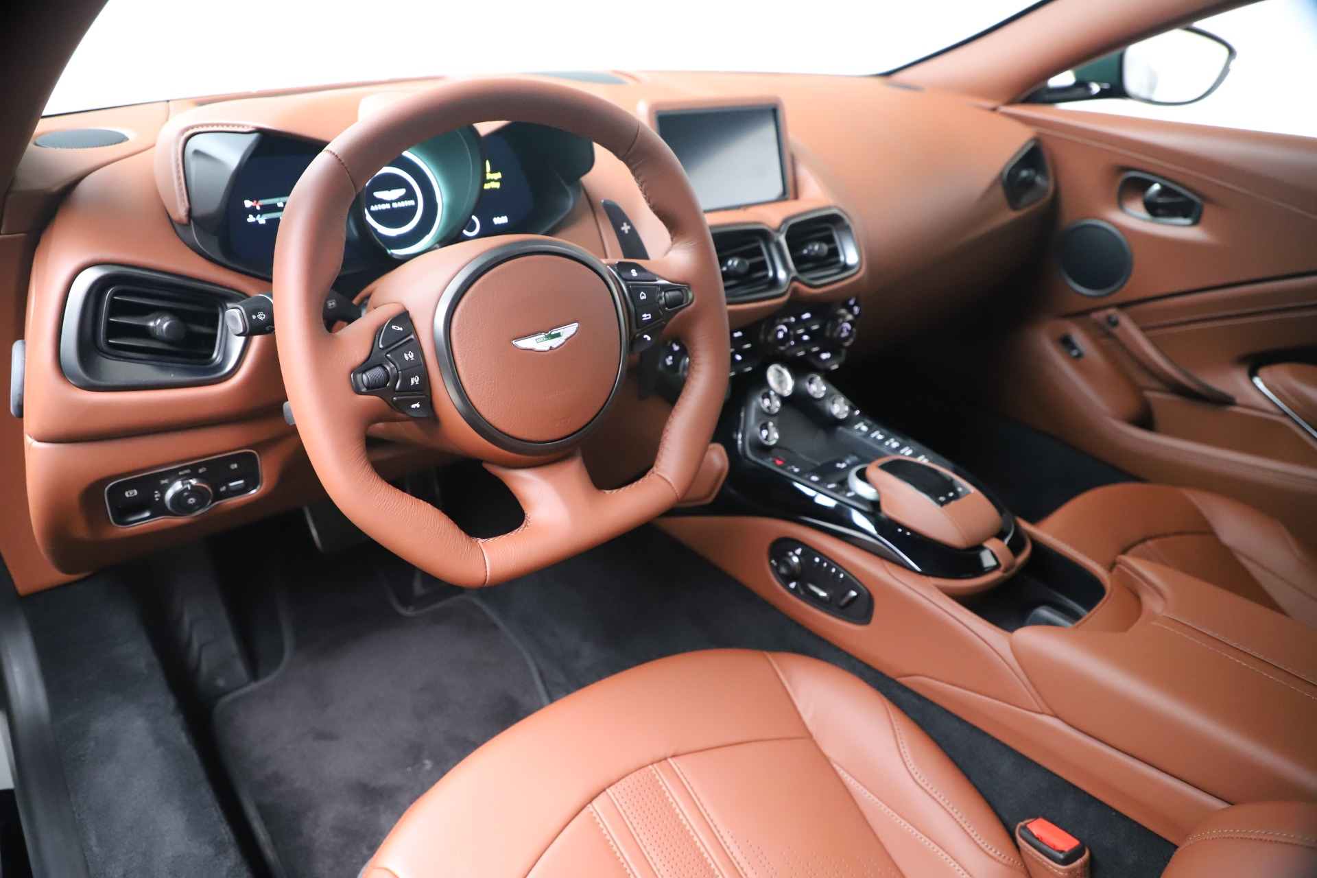 New 2020 Aston Martin Vantage V8 For Sale In Westport, CT 3483_p13