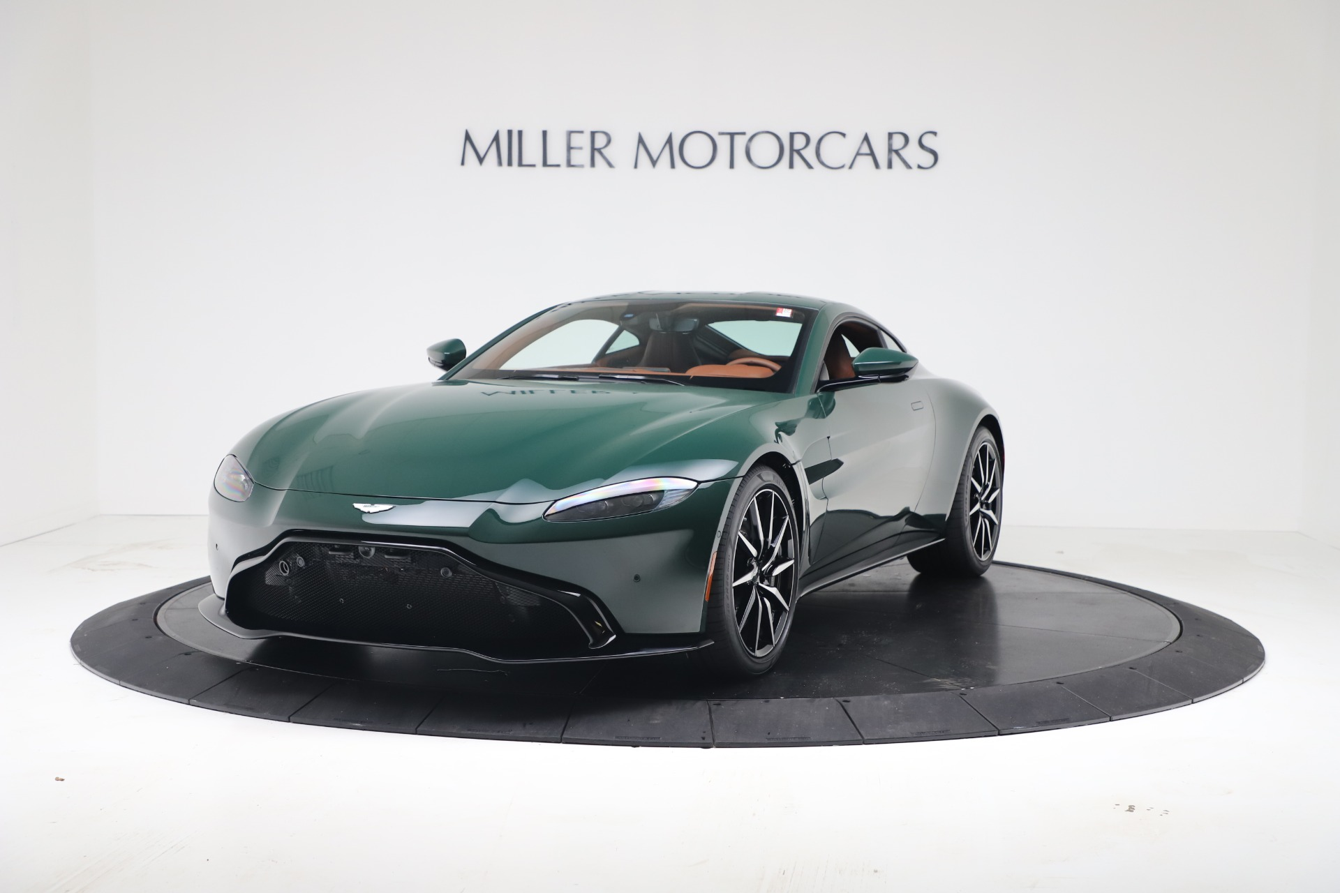 New 2020 Aston Martin Vantage V8 For Sale In Westport, CT 3483_p2