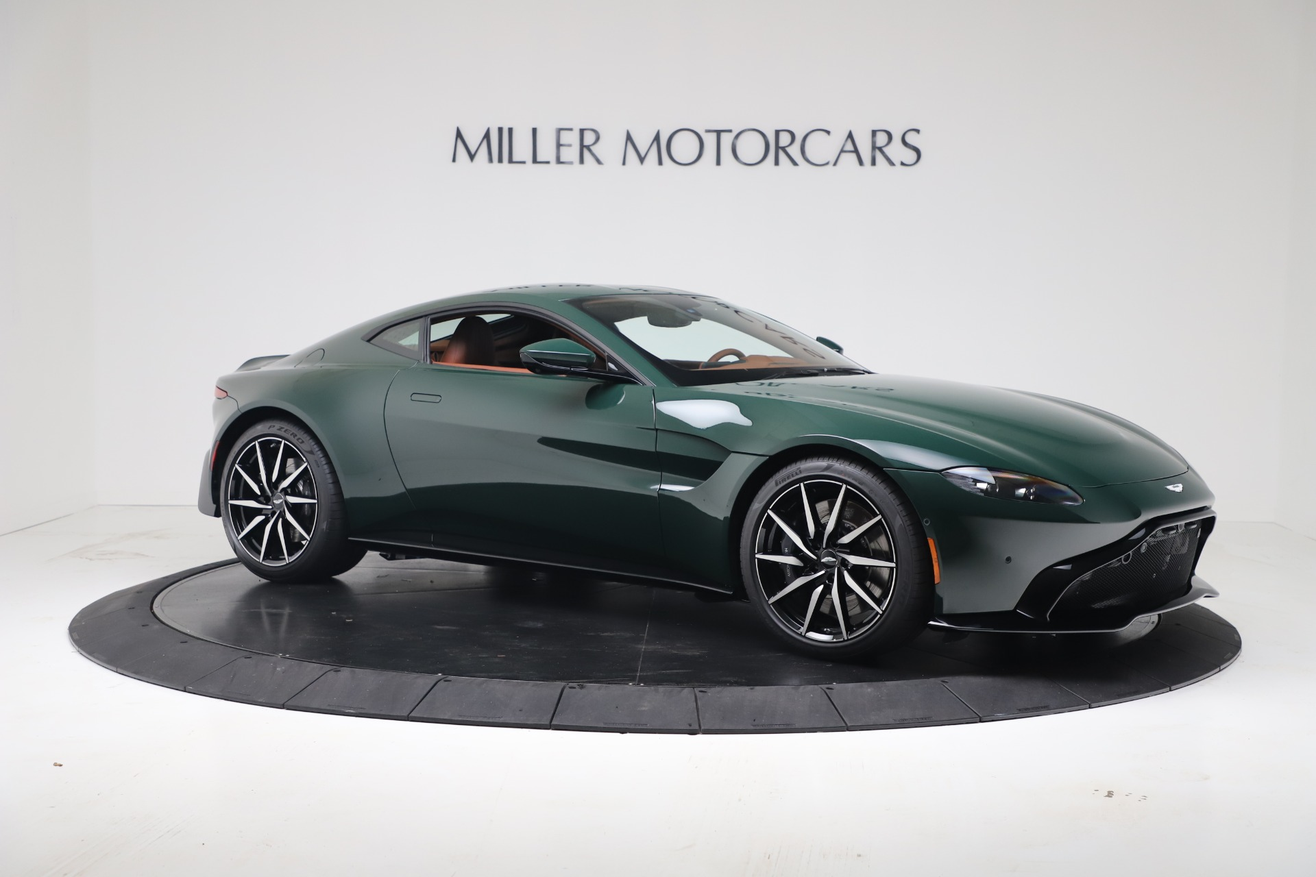 New 2020 Aston Martin Vantage V8 For Sale In Westport, CT 3483_p5
