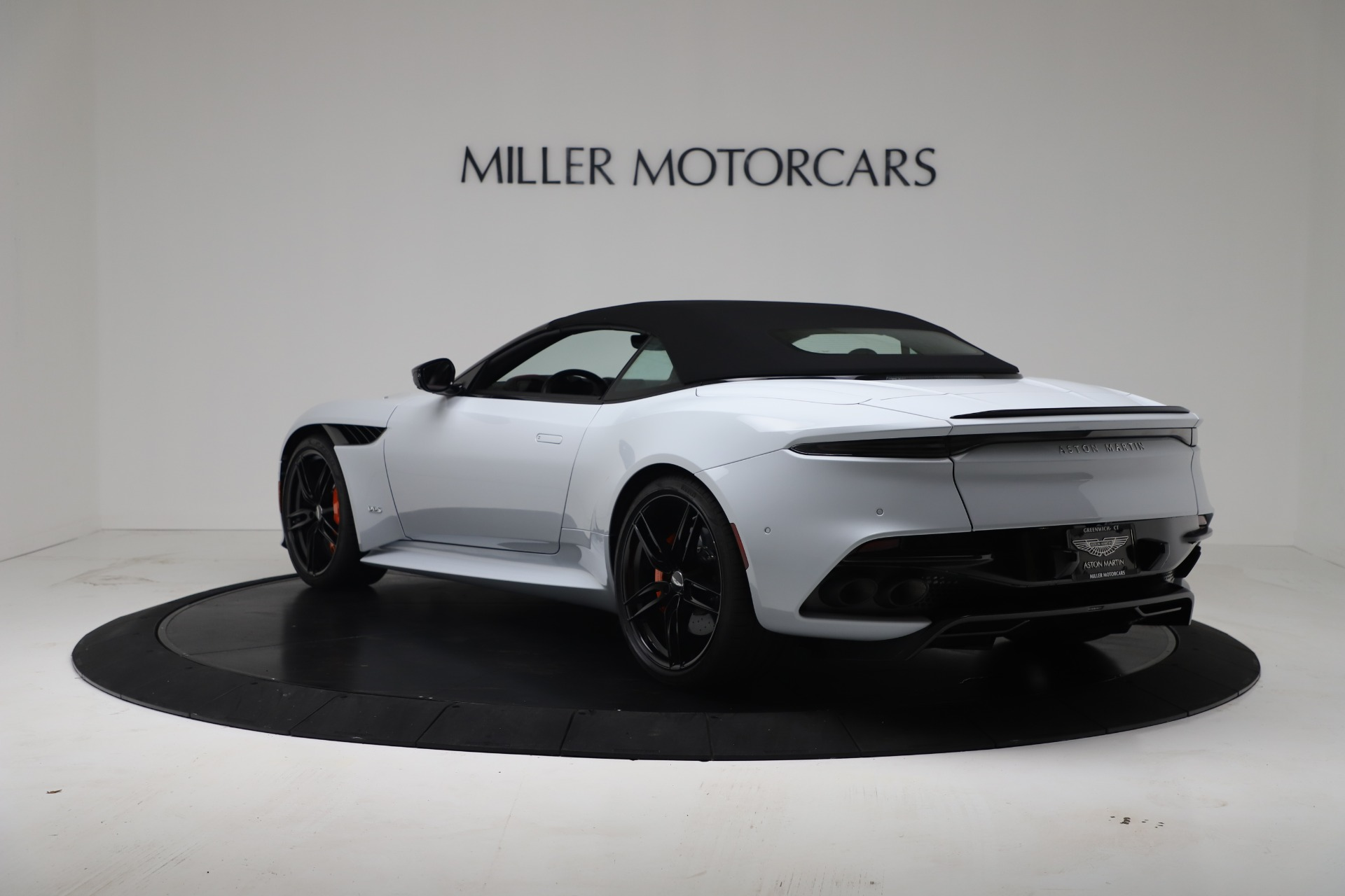 New 2020 Aston Martin DBS Superleggera For Sale In Westport, CT 3484_p15