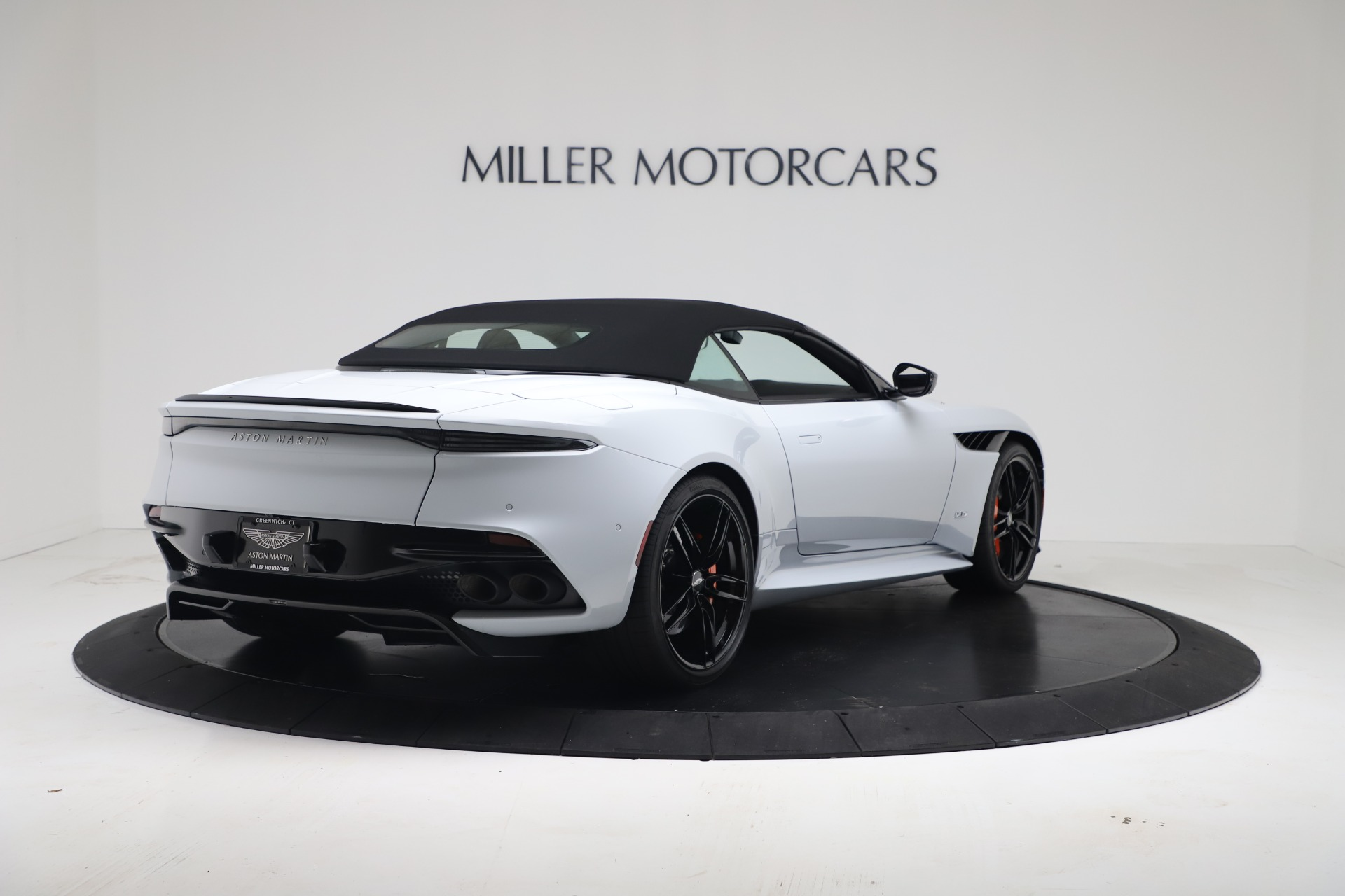 New 2020 Aston Martin DBS Superleggera For Sale In Westport, CT 3484_p16