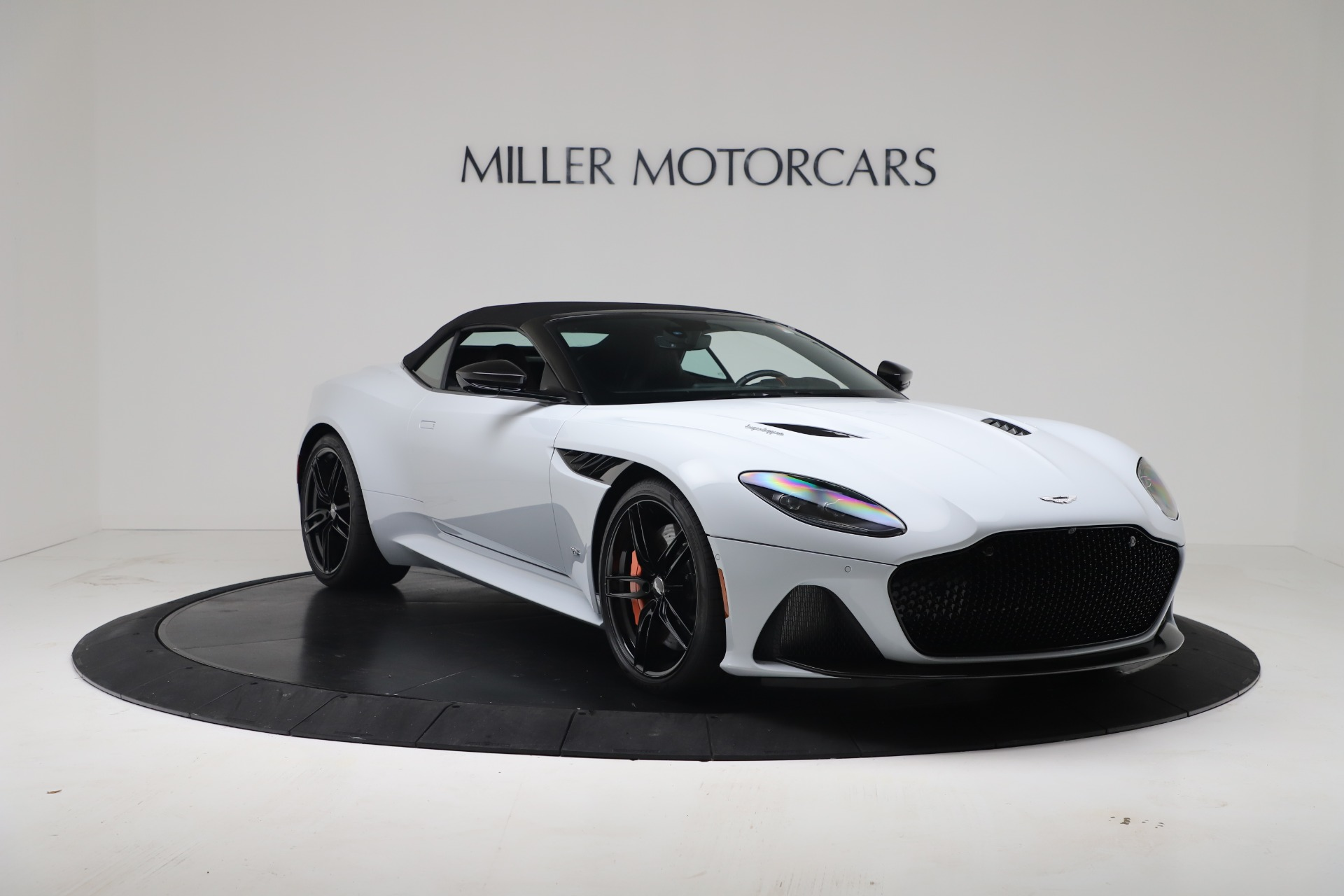 New 2020 Aston Martin DBS Superleggera For Sale In Westport, CT 3484_p18