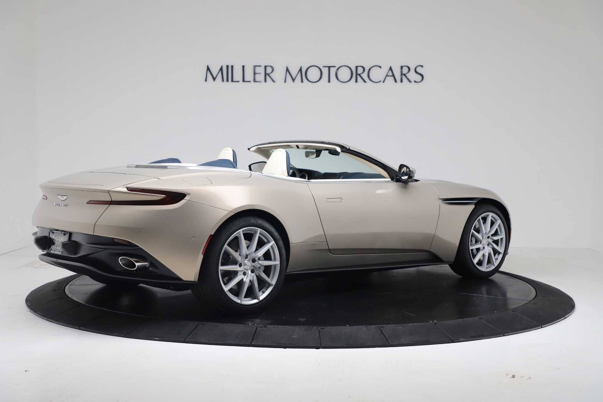 New 2020 Aston Martin DB11 V8 For Sale In Westport, CT 3485_p14