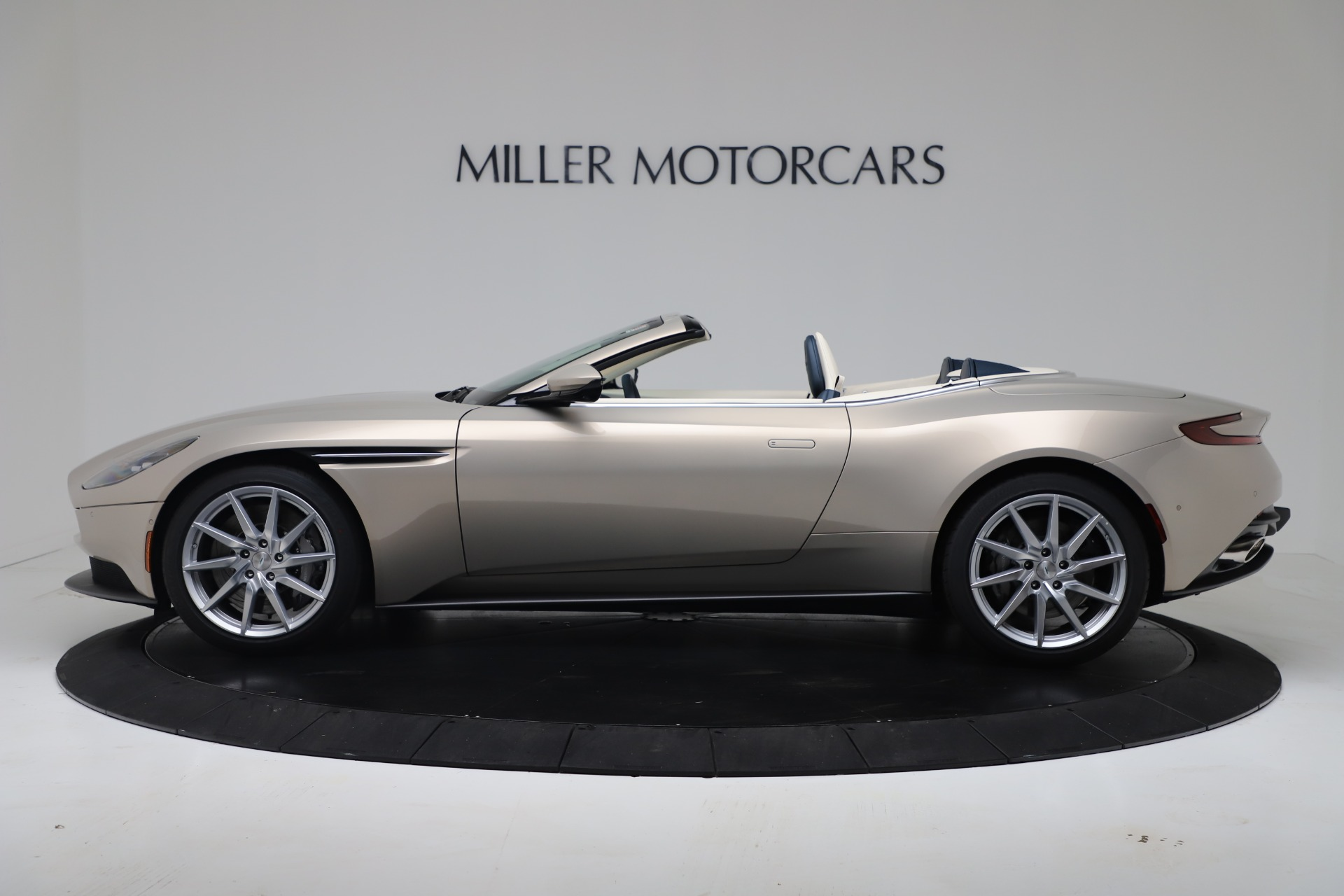 New 2020 Aston Martin DB11 V8 For Sale In Westport, CT 3485_p24
