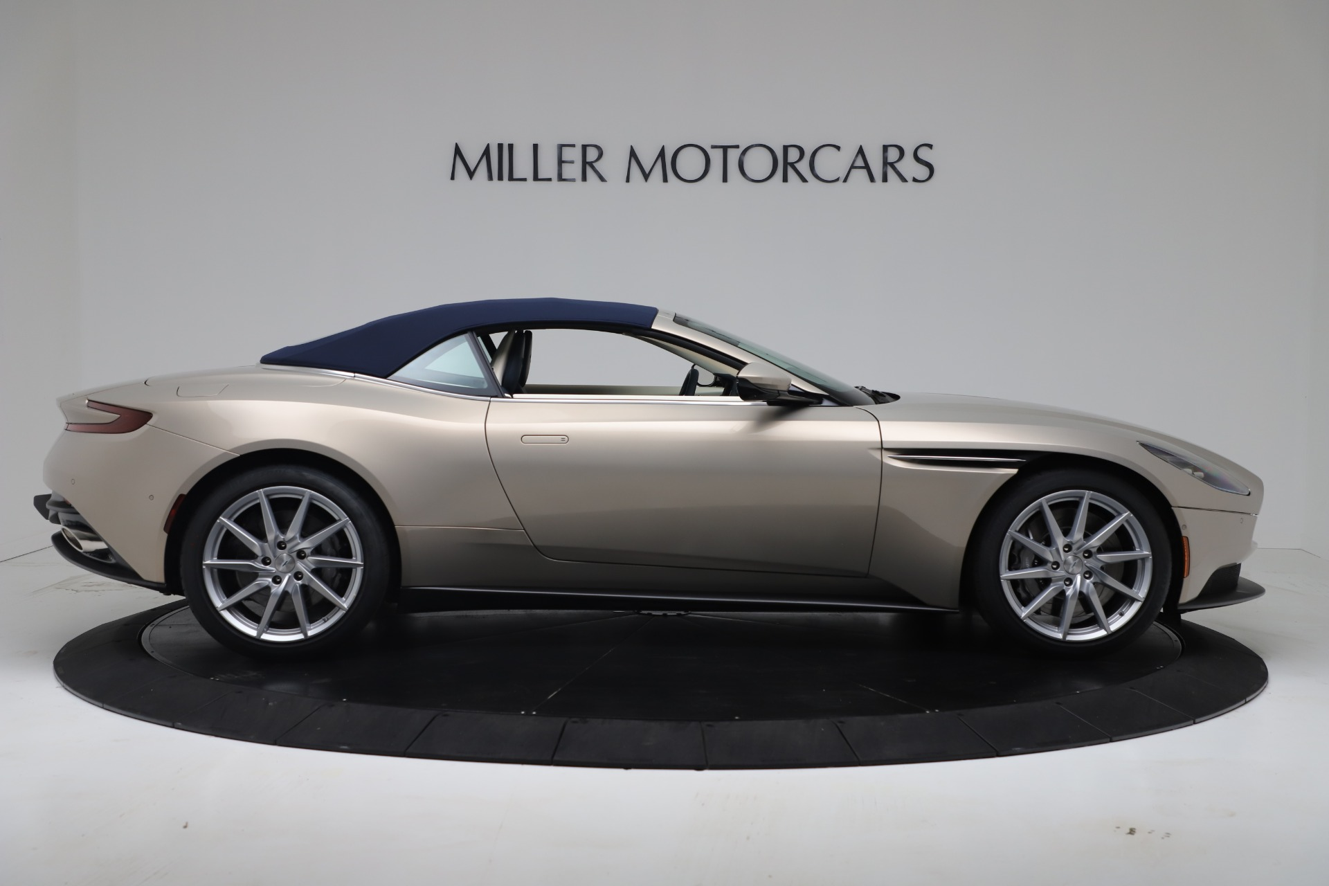 New 2020 Aston Martin DB11 V8 For Sale In Westport, CT 3485_p29