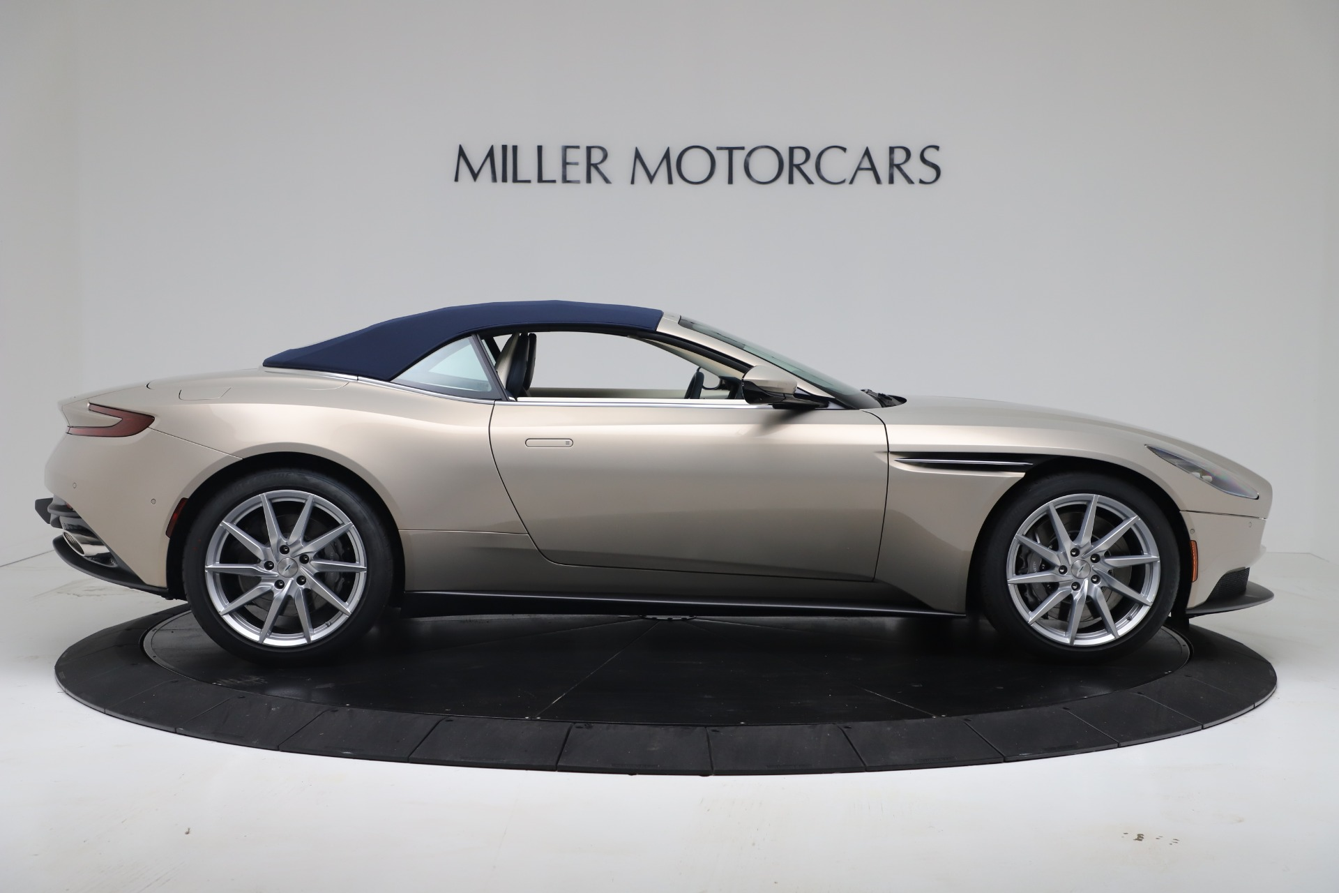 New 2020 Aston Martin DB11 V8 For Sale In Westport, CT 3485_p30