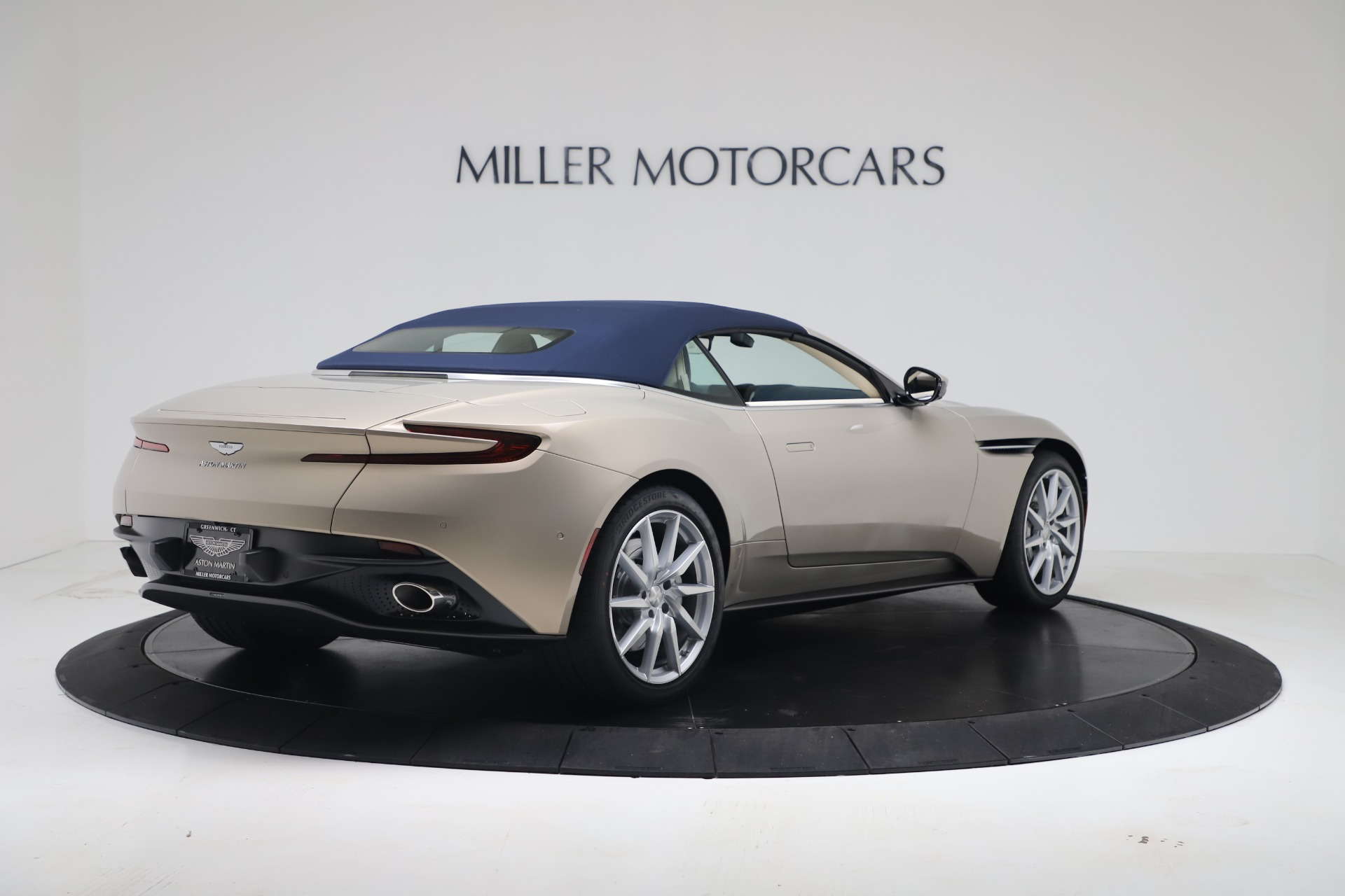 New 2020 Aston Martin DB11 V8 For Sale In Westport, CT 3485_p31