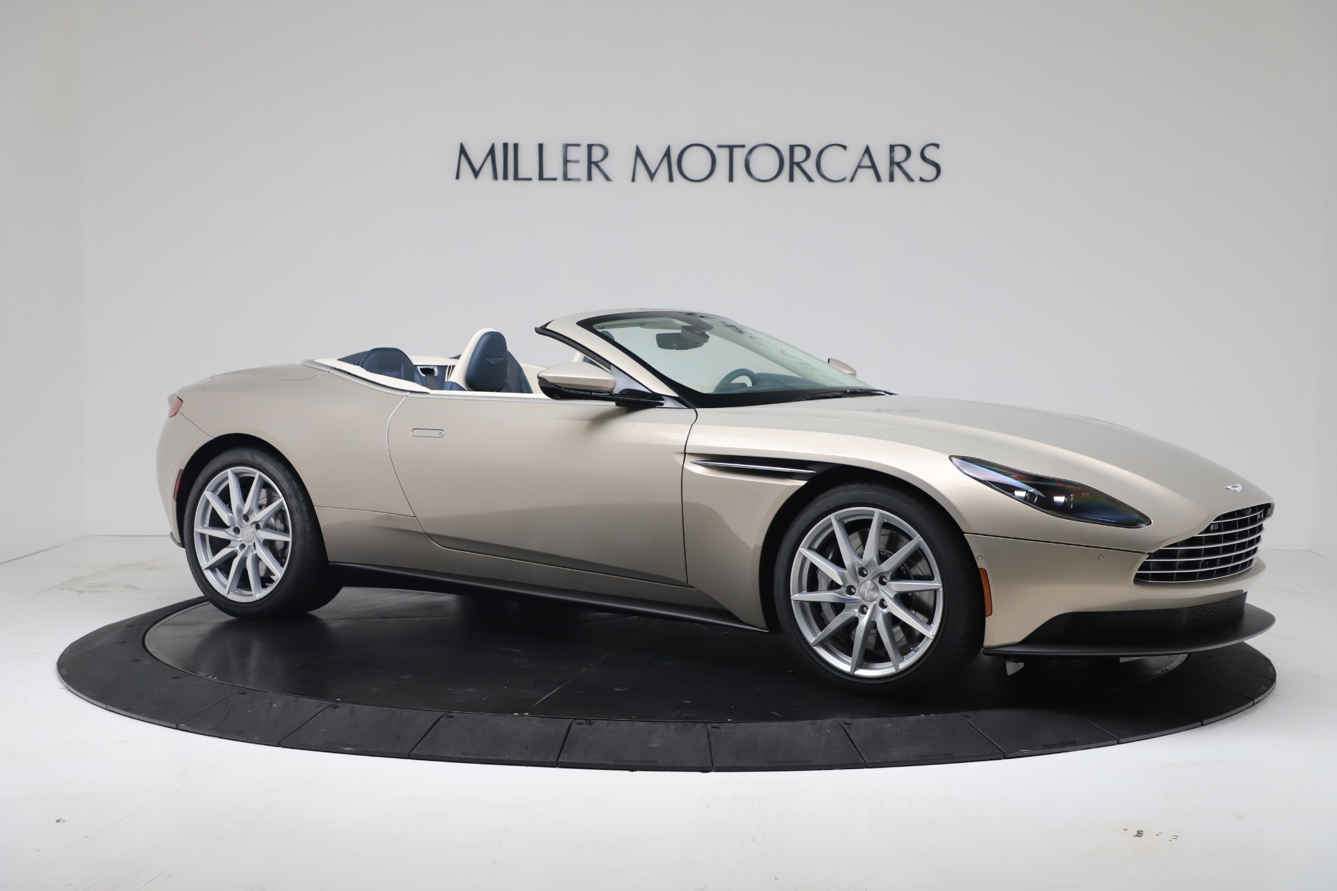 New 2020 Aston Martin DB11 V8 For Sale In Westport, CT 3485_p9