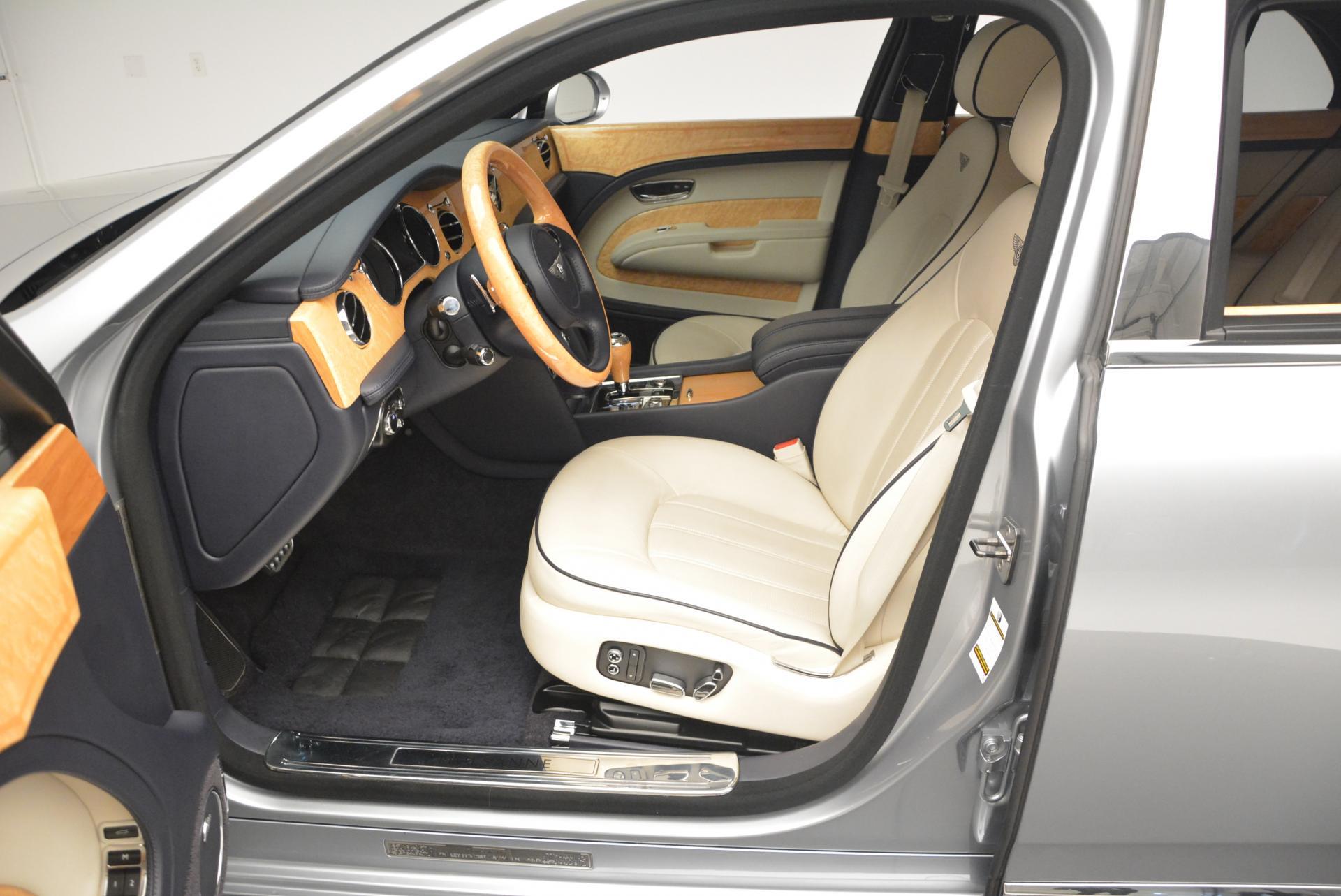 Used 2012 Bentley Mulsanne  For Sale In Westport, CT 35_p25