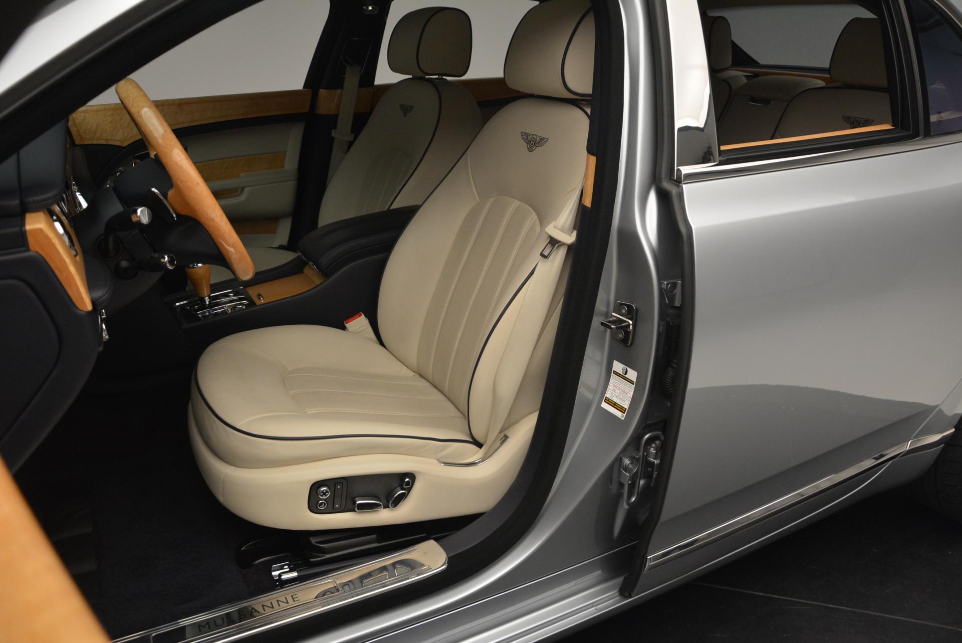 Used 2012 Bentley Mulsanne  For Sale In Westport, CT 35_p26