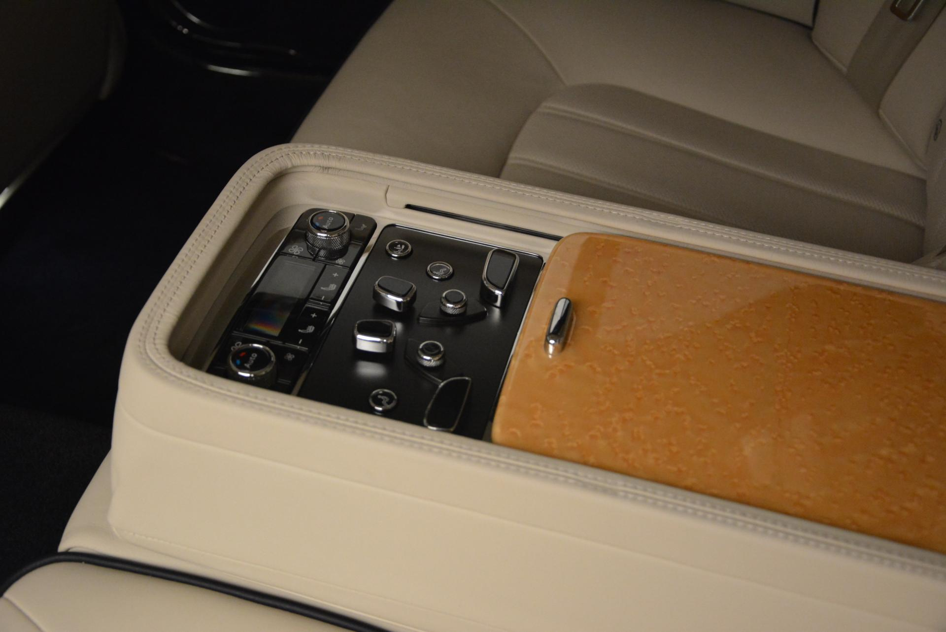 Used 2012 Bentley Mulsanne  For Sale In Westport, CT 35_p37