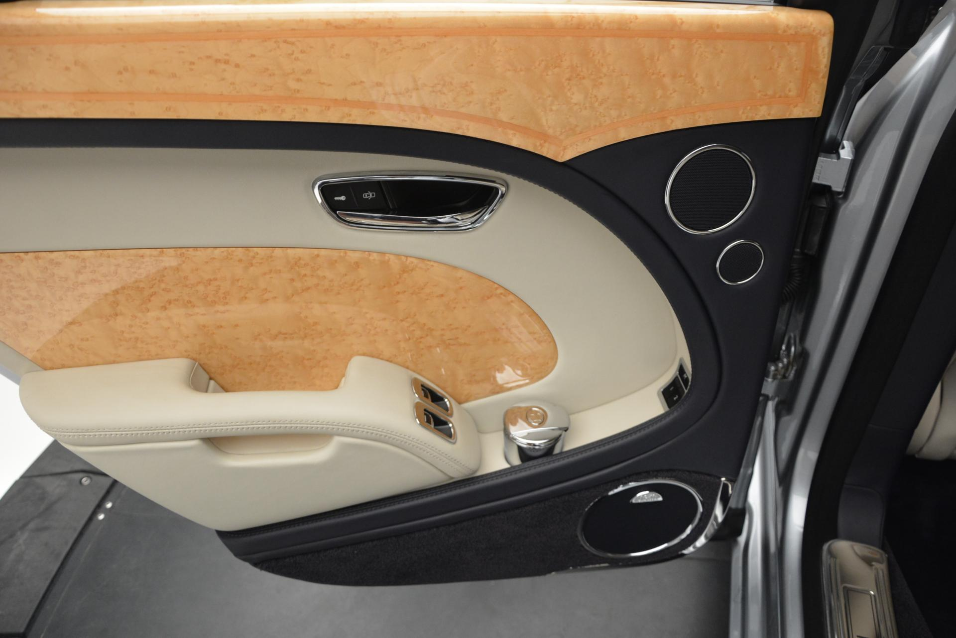 Used 2012 Bentley Mulsanne  For Sale In Westport, CT 35_p40