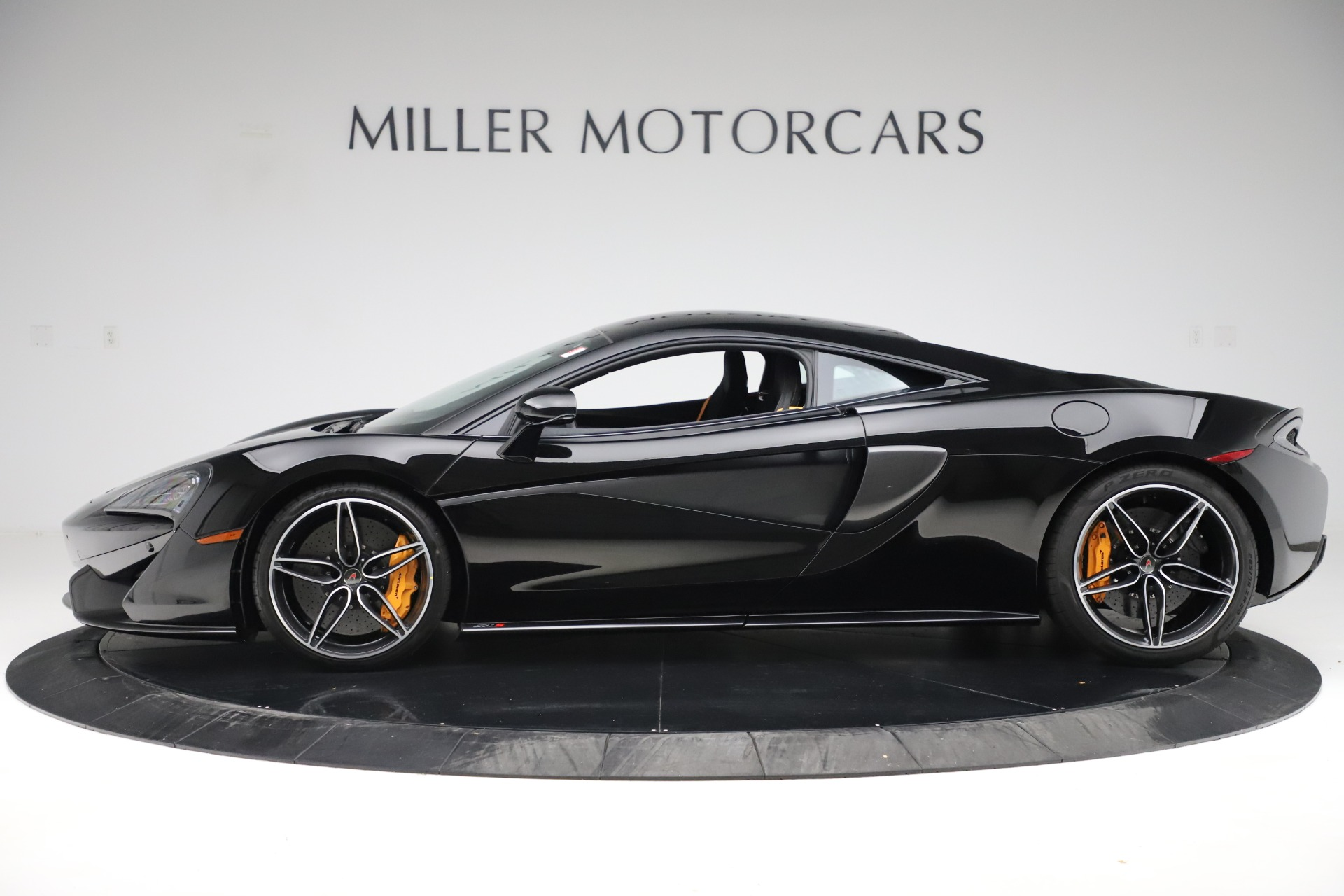 Used 2017 McLaren 570S Coupe For Sale In Westport, CT 3503_p2