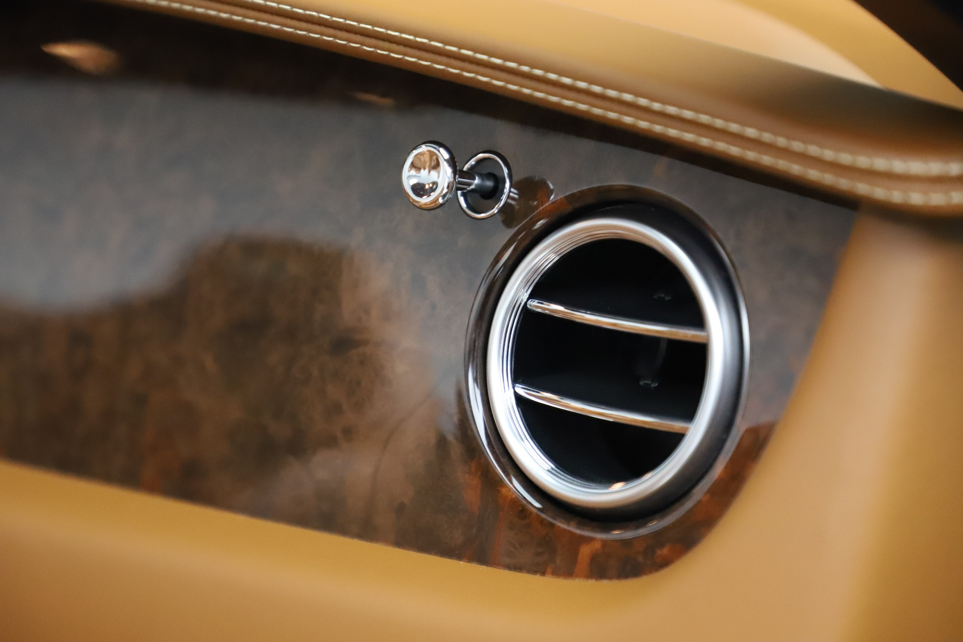 Used 2013 Bentley Continental GT W12 For Sale In Westport, CT 3505_p34