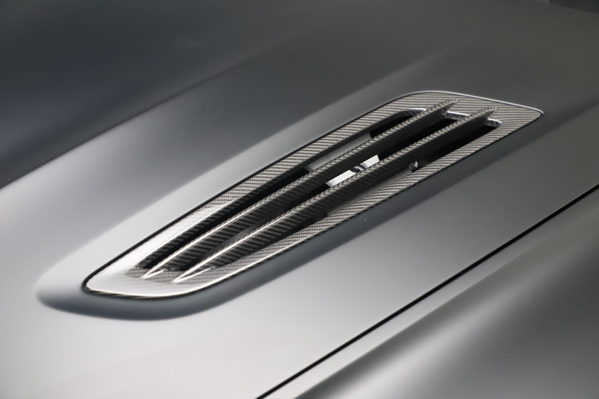 New 2019 Aston Martin Vanquish Shooting Brake For Sale In Westport, CT 3512_p25
