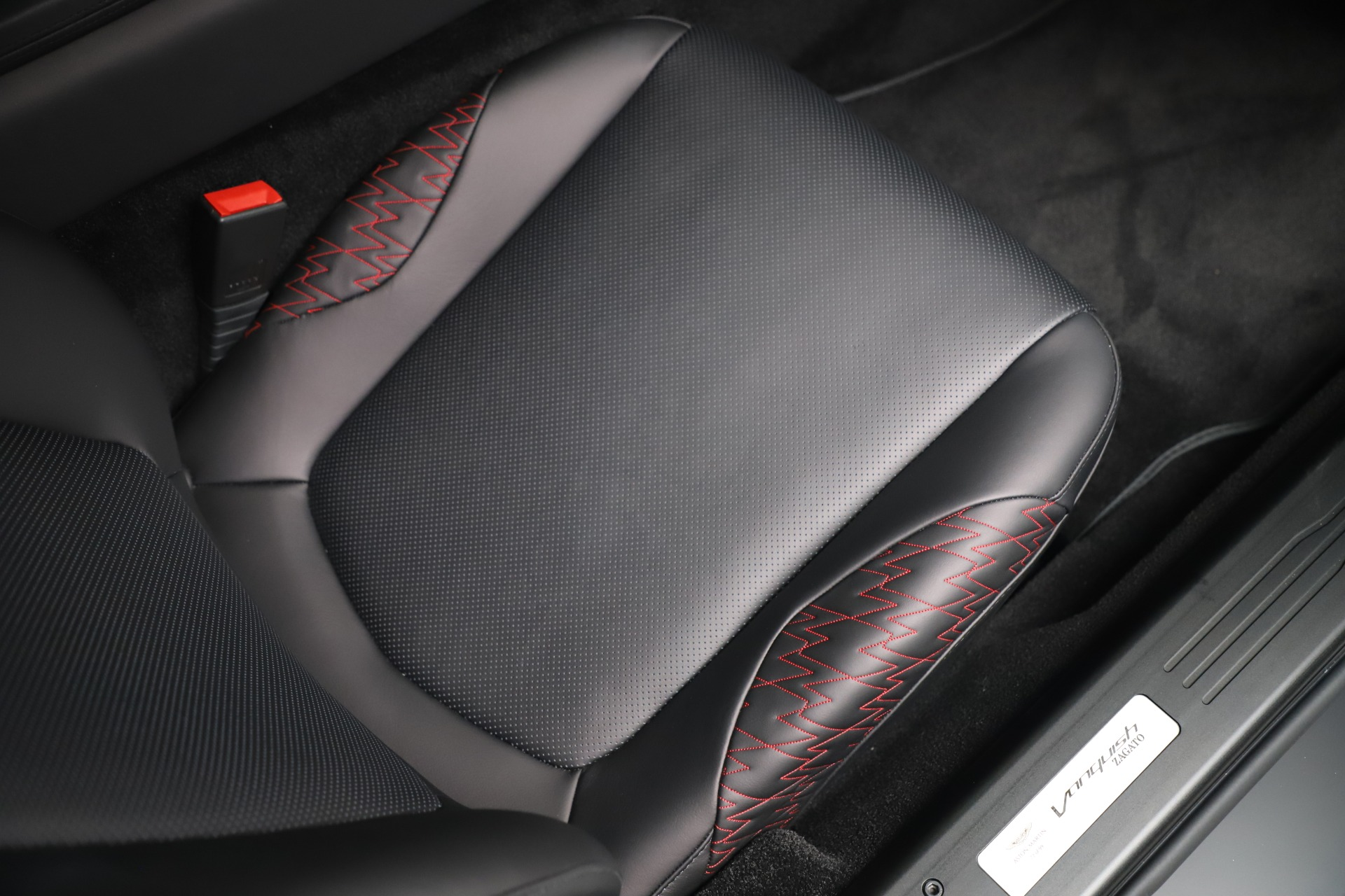 New 2019 Aston Martin Vanquish Shooting Brake For Sale In Westport, CT 3512_p46