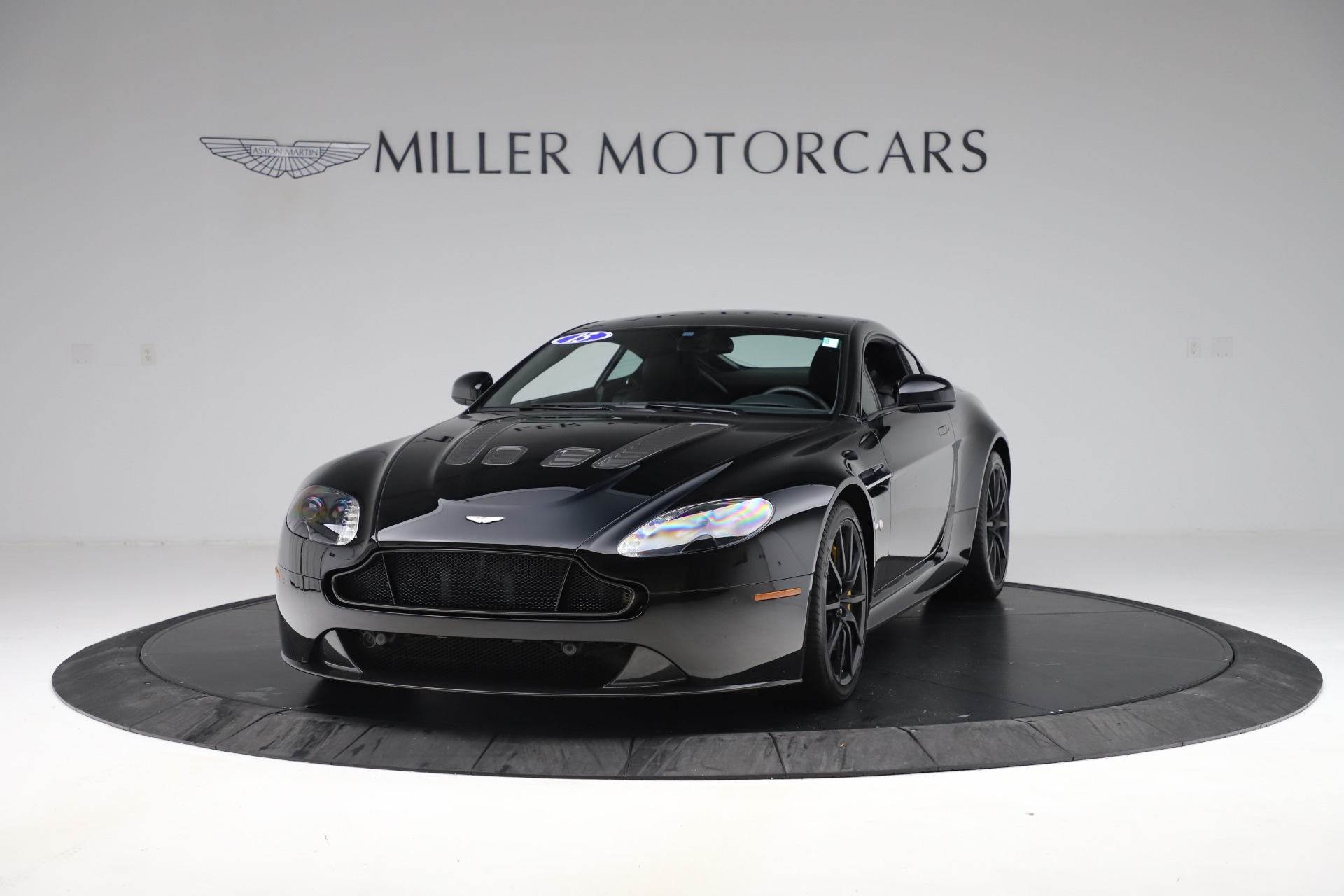 Used 2015 Aston Martin V12 Vantage S Coupe For Sale In Westport, CT 3513_p2