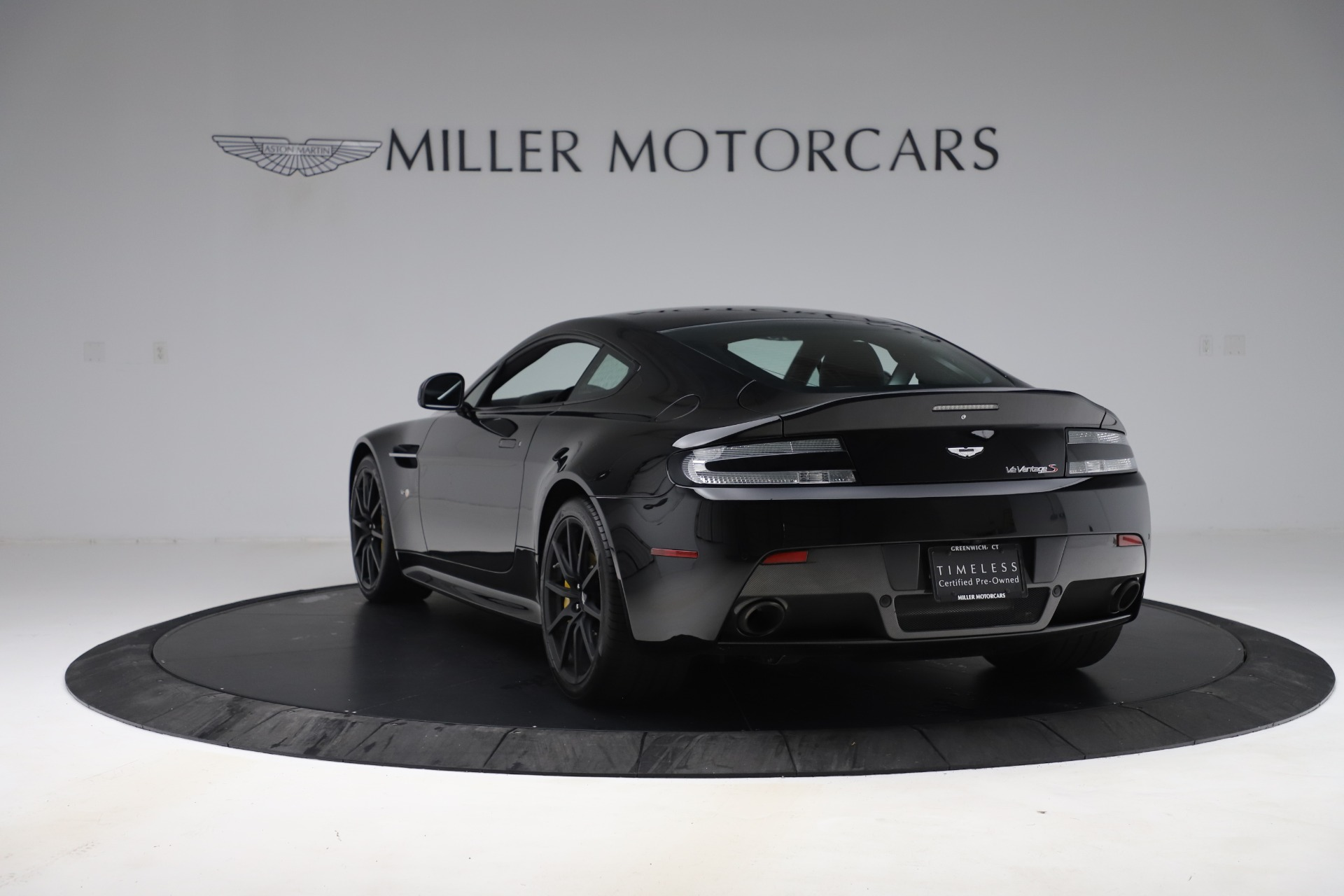 Used 2015 Aston Martin V12 Vantage S Coupe For Sale In Westport, CT 3513_p5