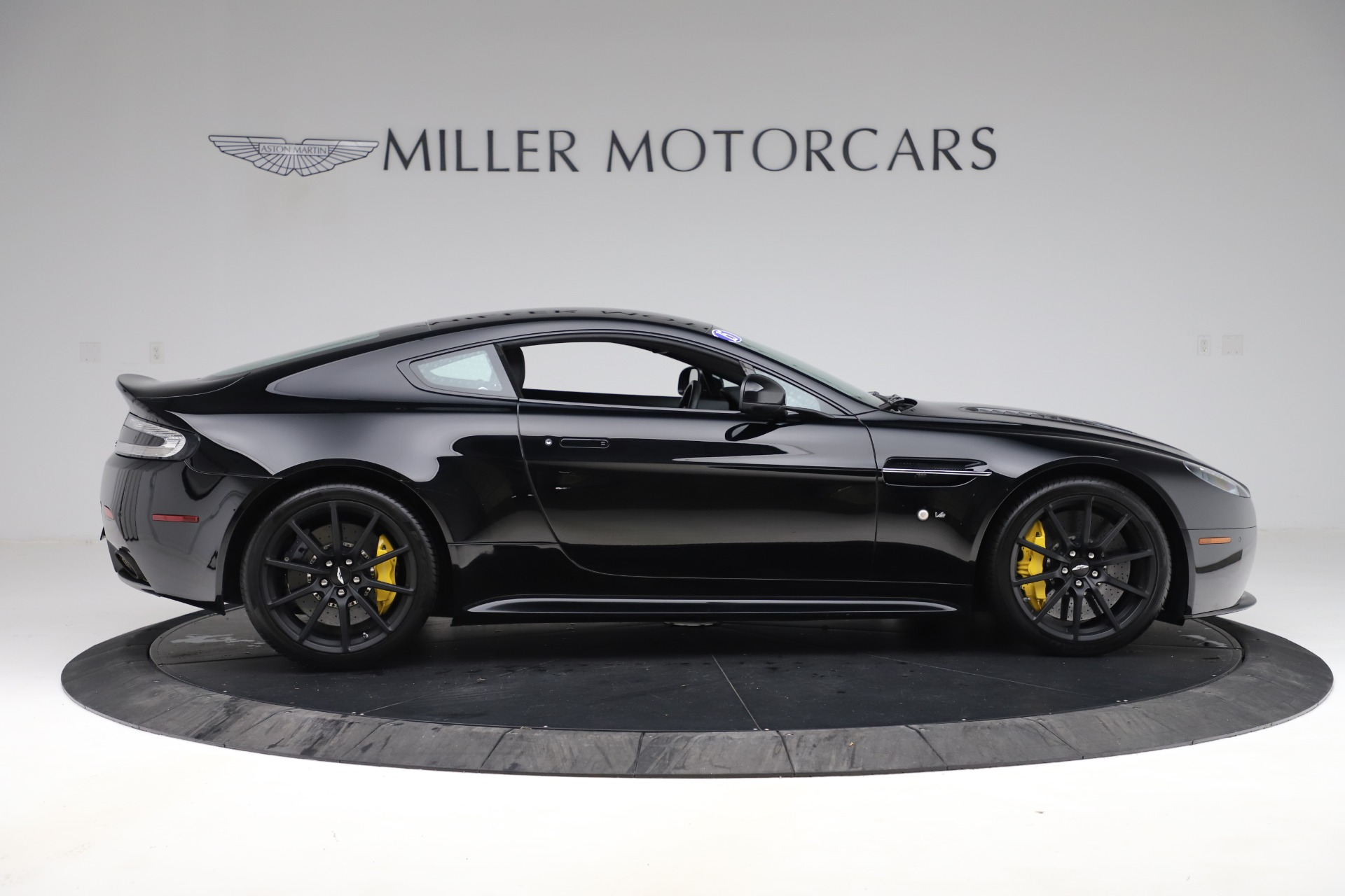 Used 2015 Aston Martin V12 Vantage S Coupe For Sale In Westport, CT 3513_p8