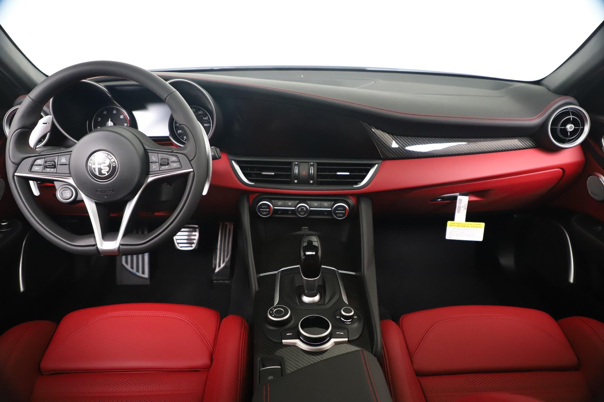 New 2019 Alfa Romeo Giulia Ti Sport Carbon Q4 For Sale In Westport, CT 3518_p16