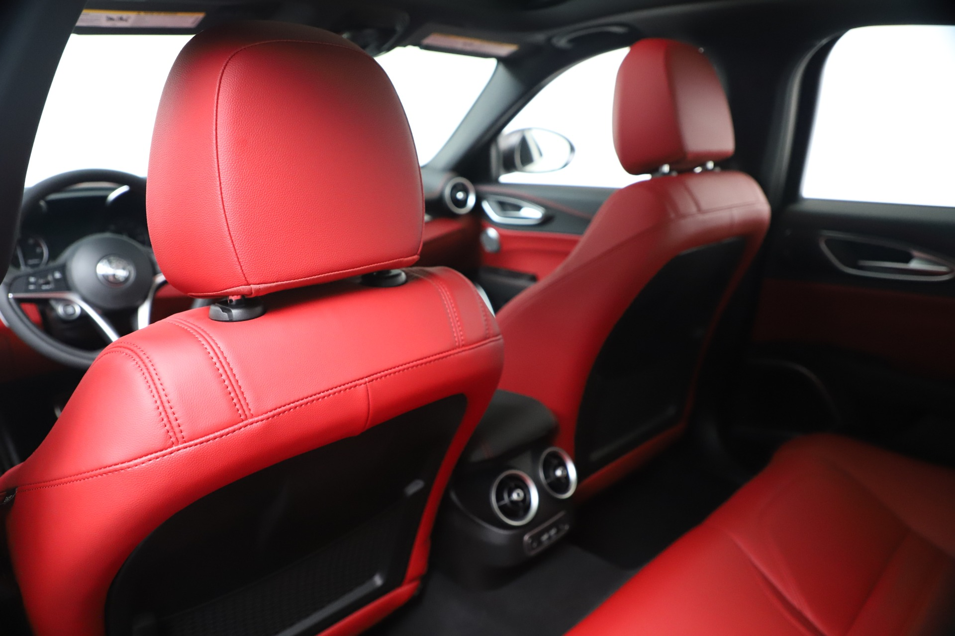 New 2019 Alfa Romeo Giulia Ti Sport Carbon Q4 For Sale In Westport, CT 3518_p20