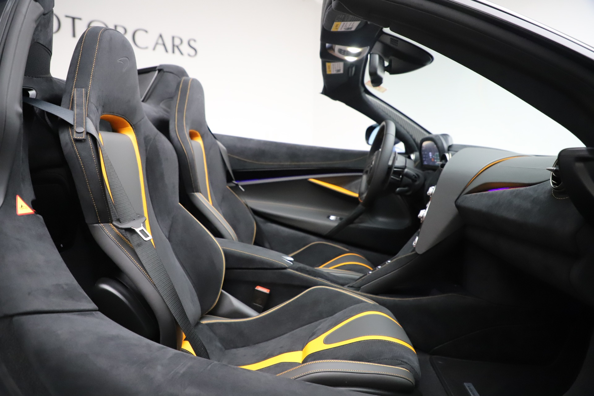 New 2020 McLaren 720S Spider Convertible For Sale In Westport, CT 3524_p23