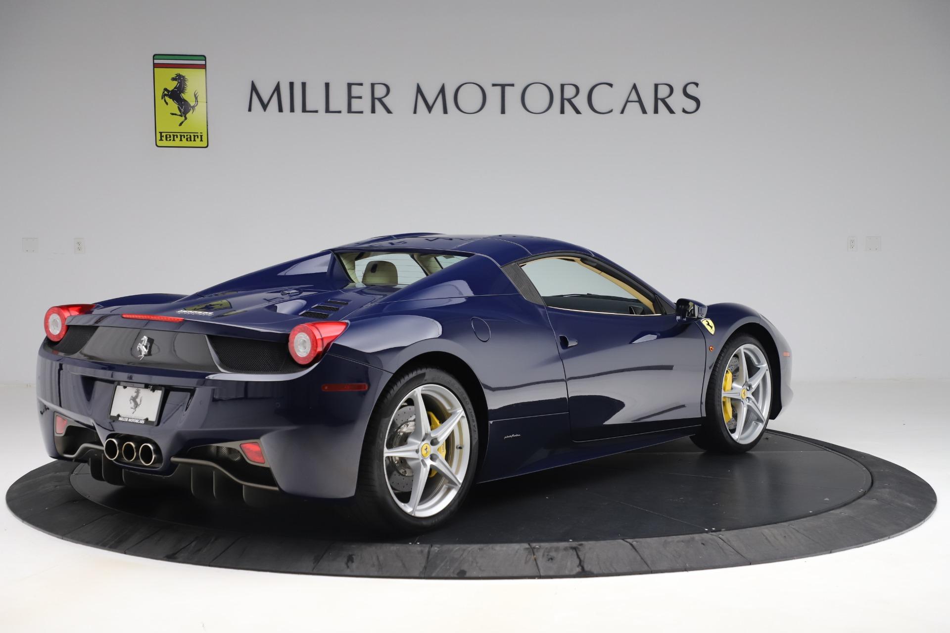 Used 2013 Ferrari 458 Spider  For Sale In Westport, CT 3525_p16