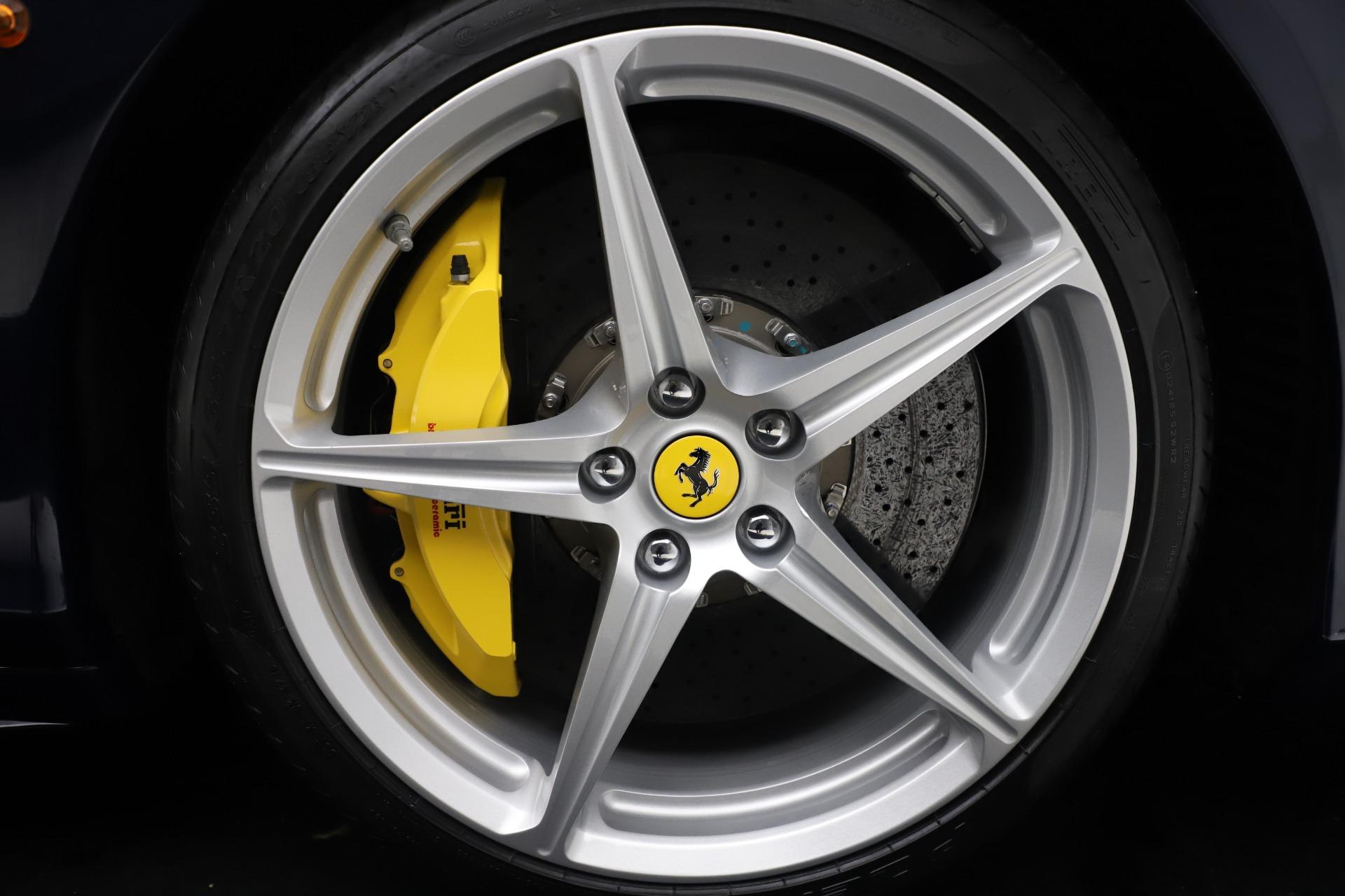 Used 2013 Ferrari 458 Spider  For Sale In Westport, CT 3525_p30