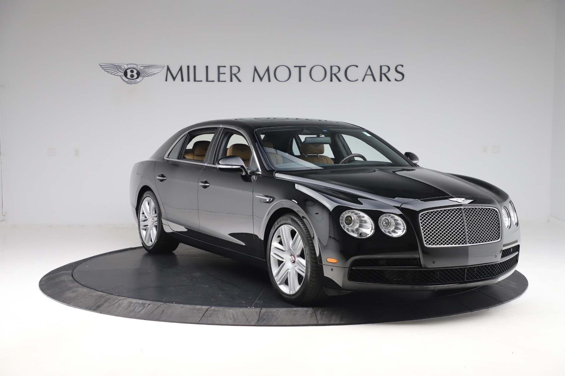 Used 2016 Bentley Flying Spur V8 For Sale In Westport, CT 3526_p11