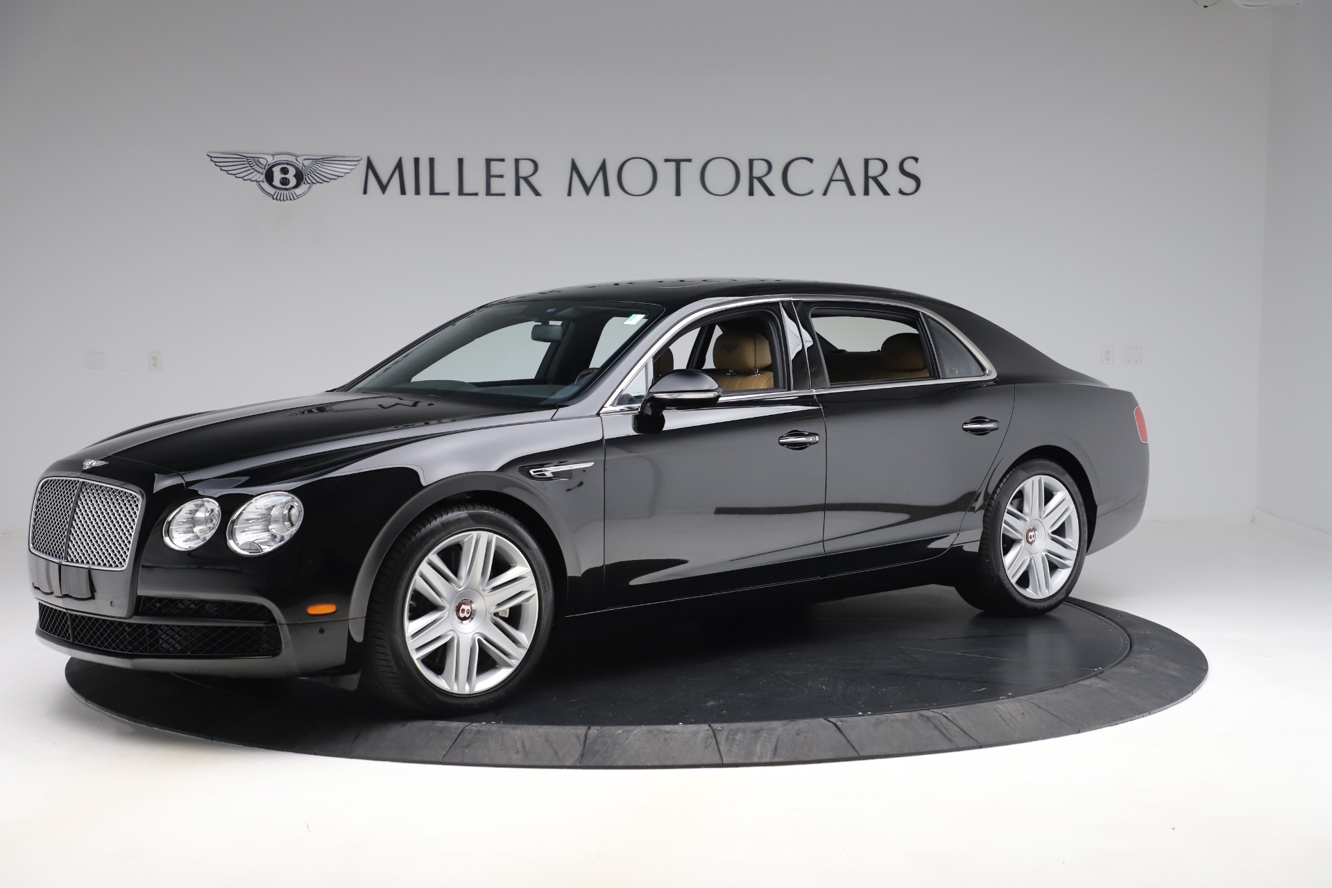 Used 2016 Bentley Flying Spur V8 For Sale In Westport, CT 3526_p2